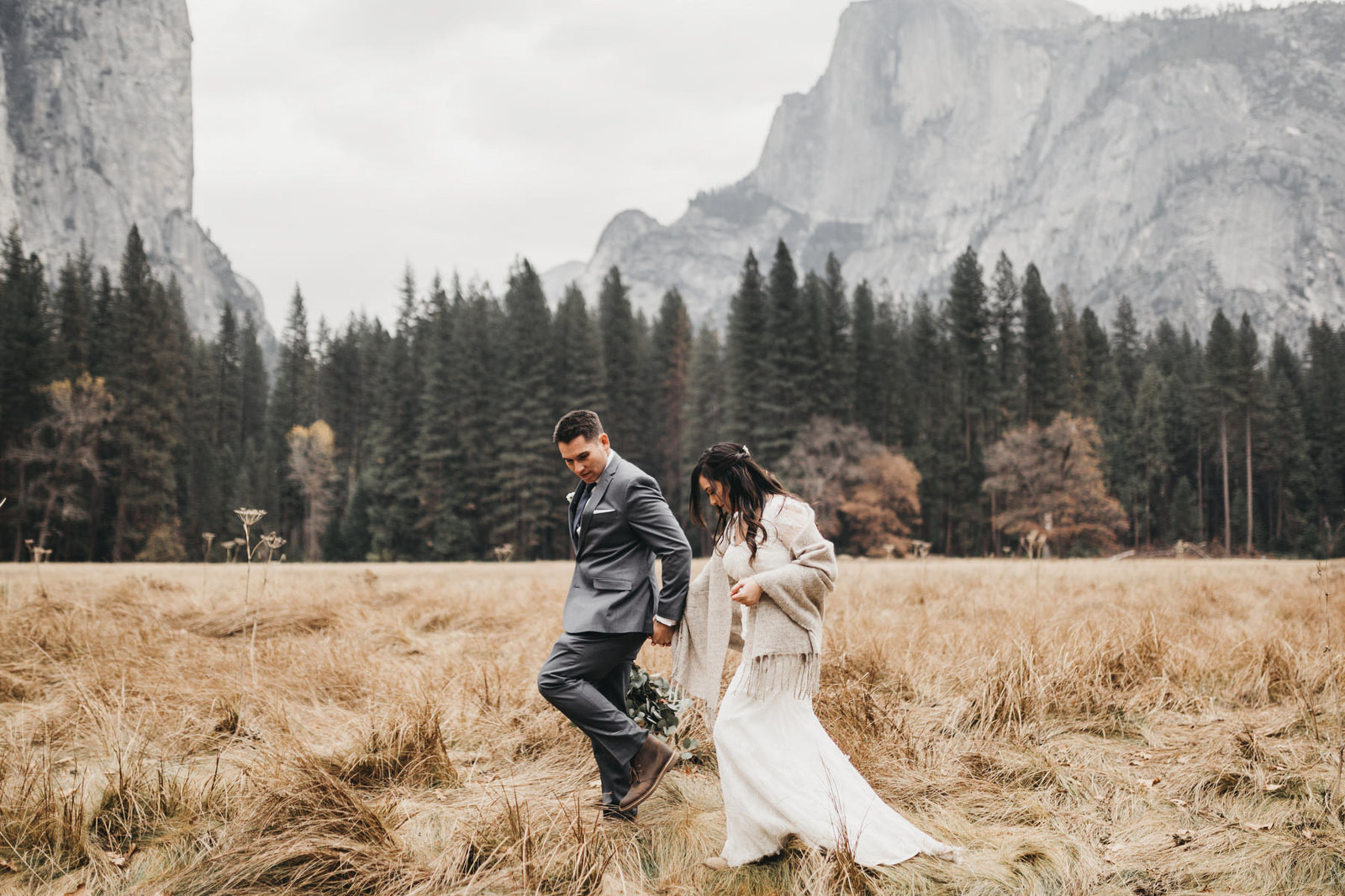 athena-and-camron-yosemite-elopement-wedding-photographer-elegent-valley-wedding40-walking