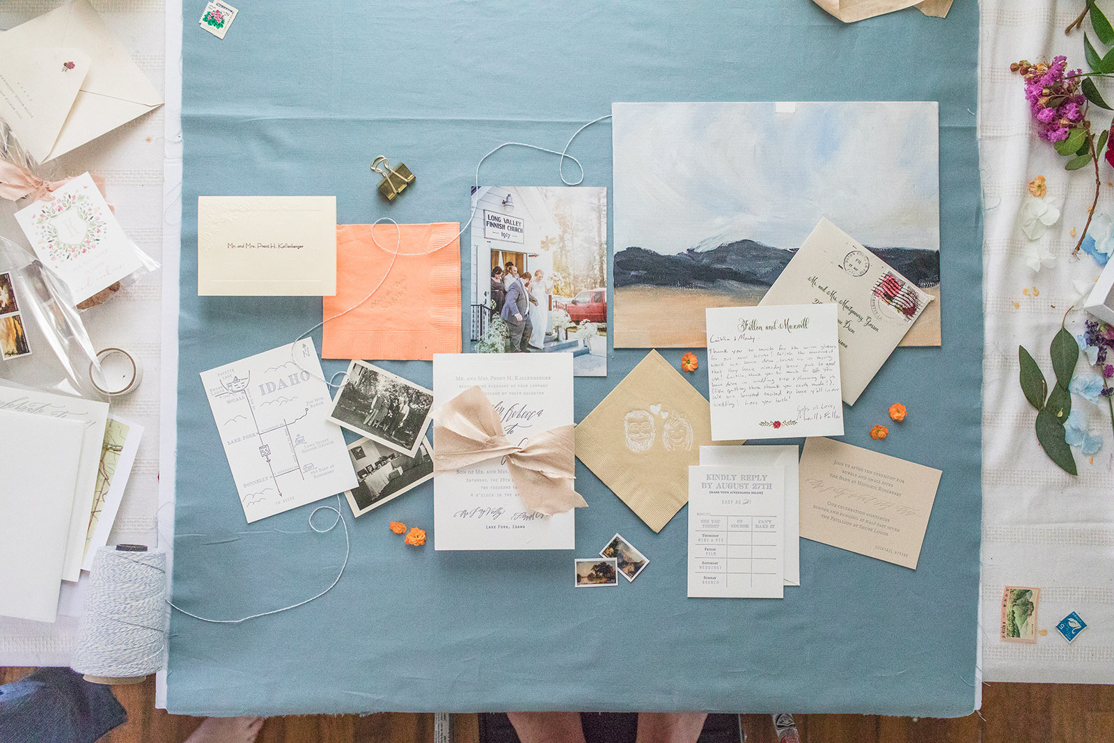 Hark Creative Co - Wedding invitation designer - Anna FIlly Photography- personal Brand Photographer-575