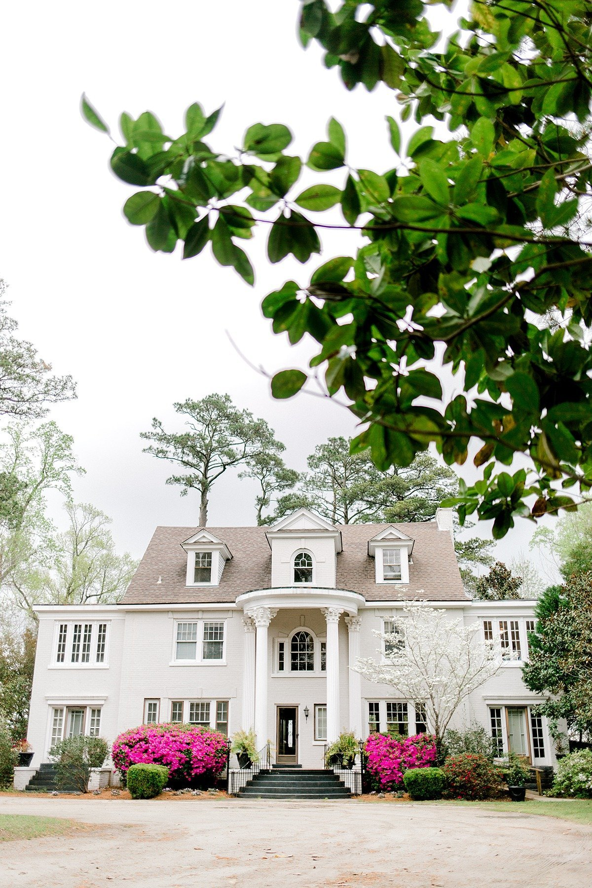 Elegant Spring Pink Abilena Plantation Indoor Rainy Wedding New Bern NC Andrew & Tianna Photography-6