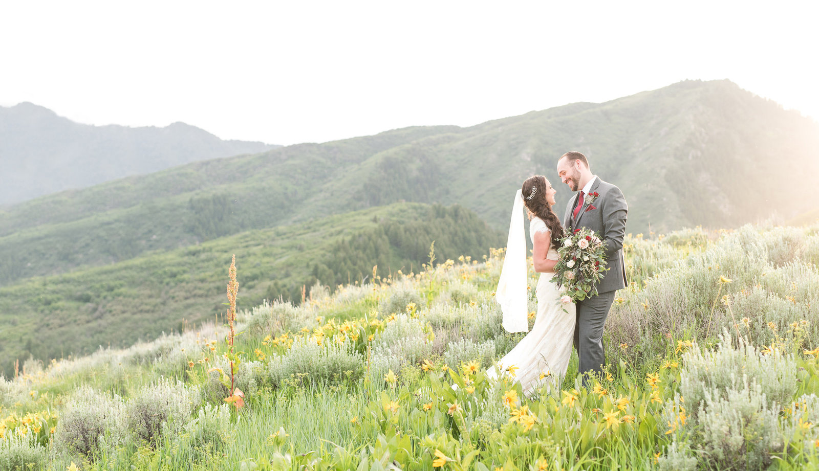Utah Wedding Photographers - Jessie and Dallin Photography RE-076 Cover