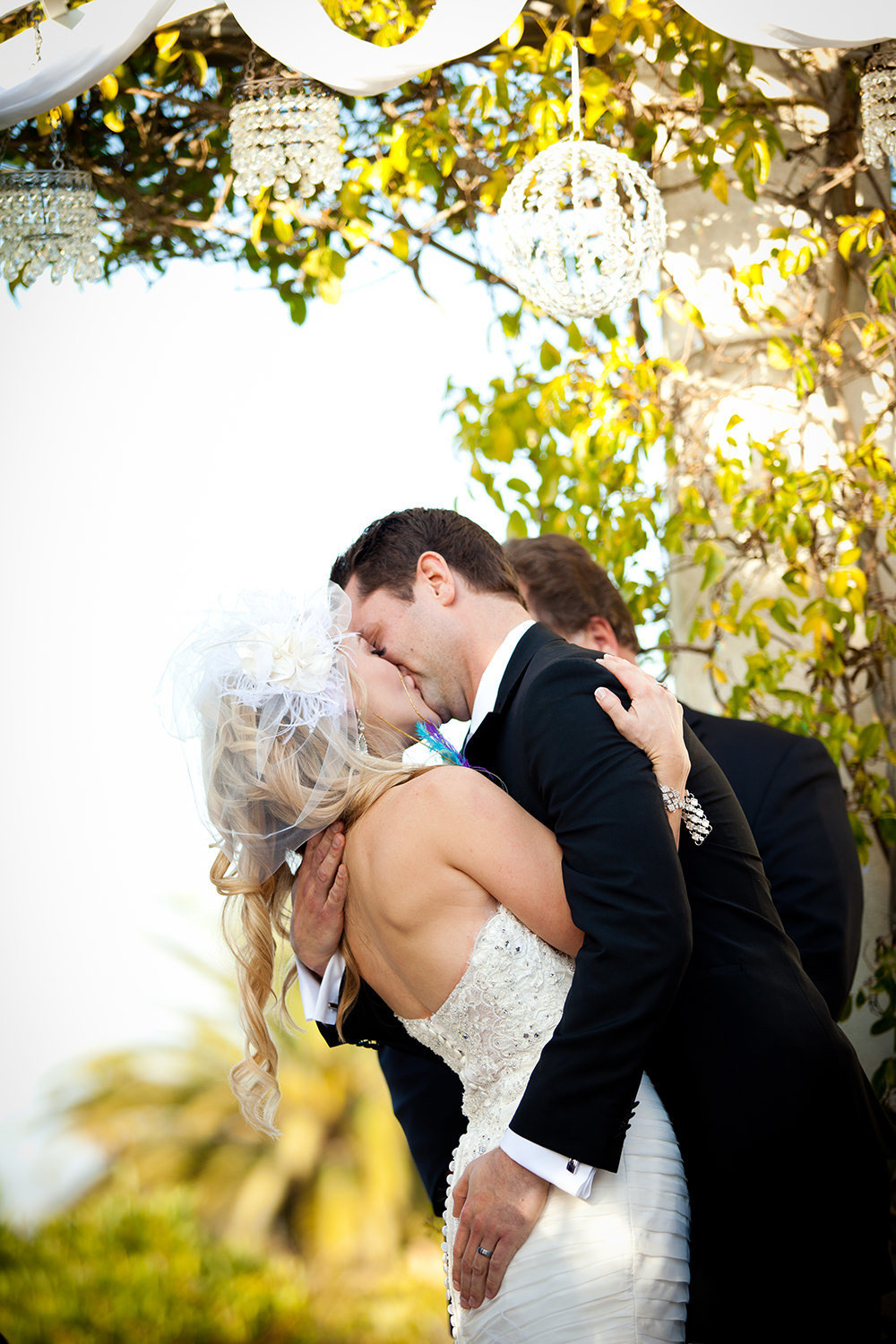 firat kiss at ceremony