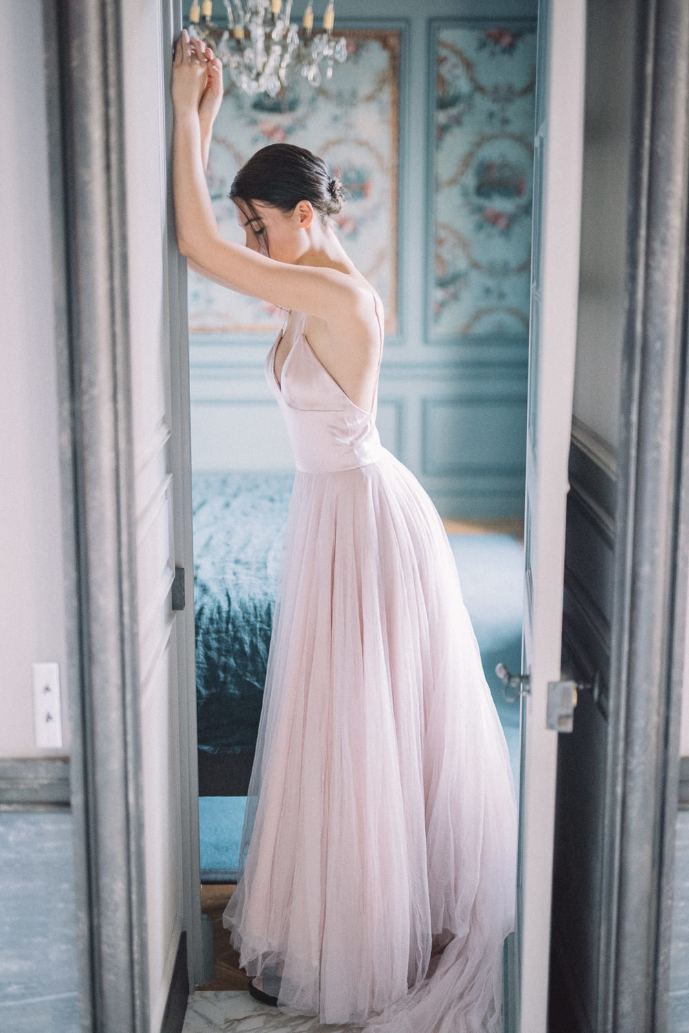 JoanneFlemingDesign-blush-pink-tulle-wedding-dress-davidwickhamphoto (12)