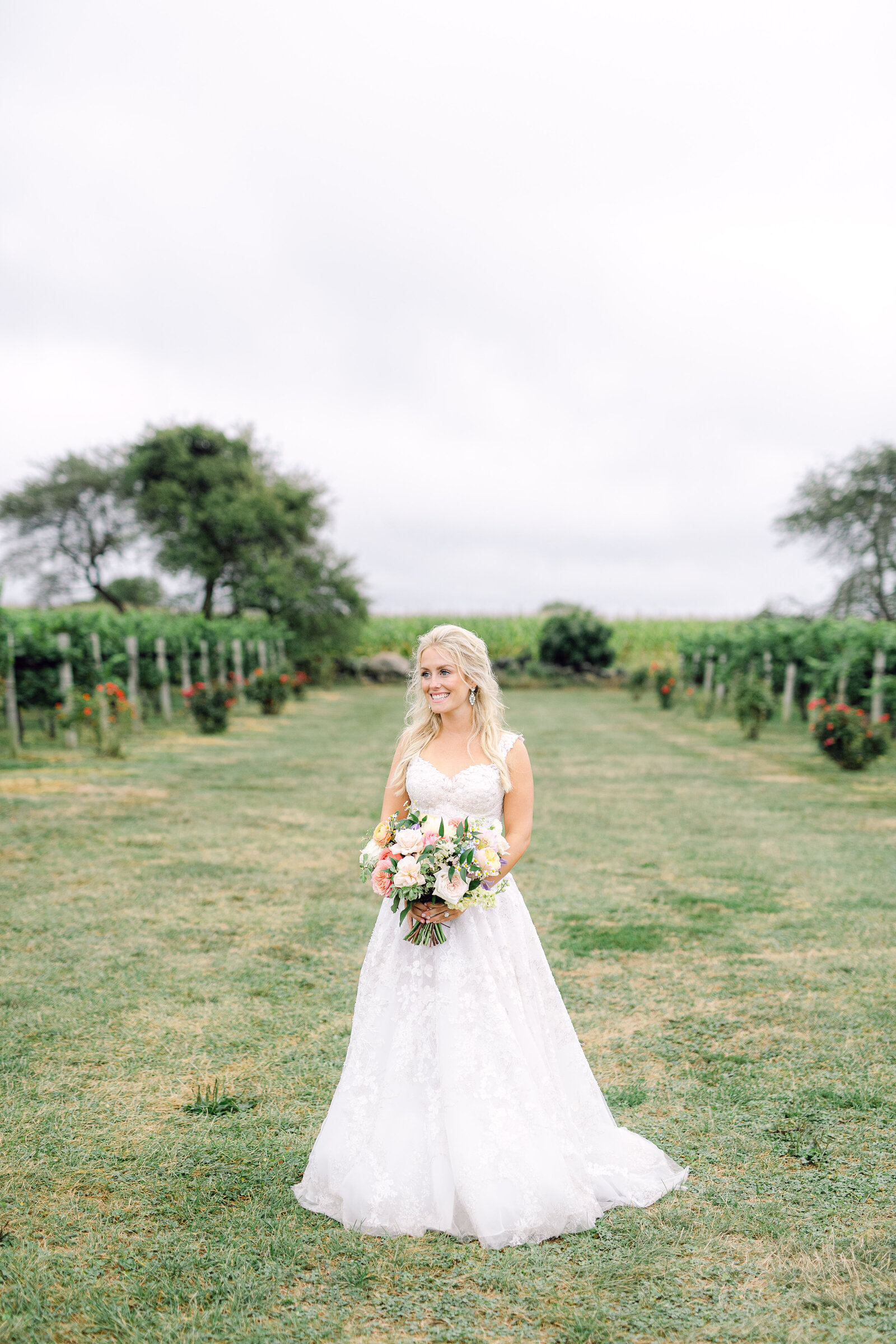jonathan_edwards_winery_stonington_connecticut_garden_wedding_38