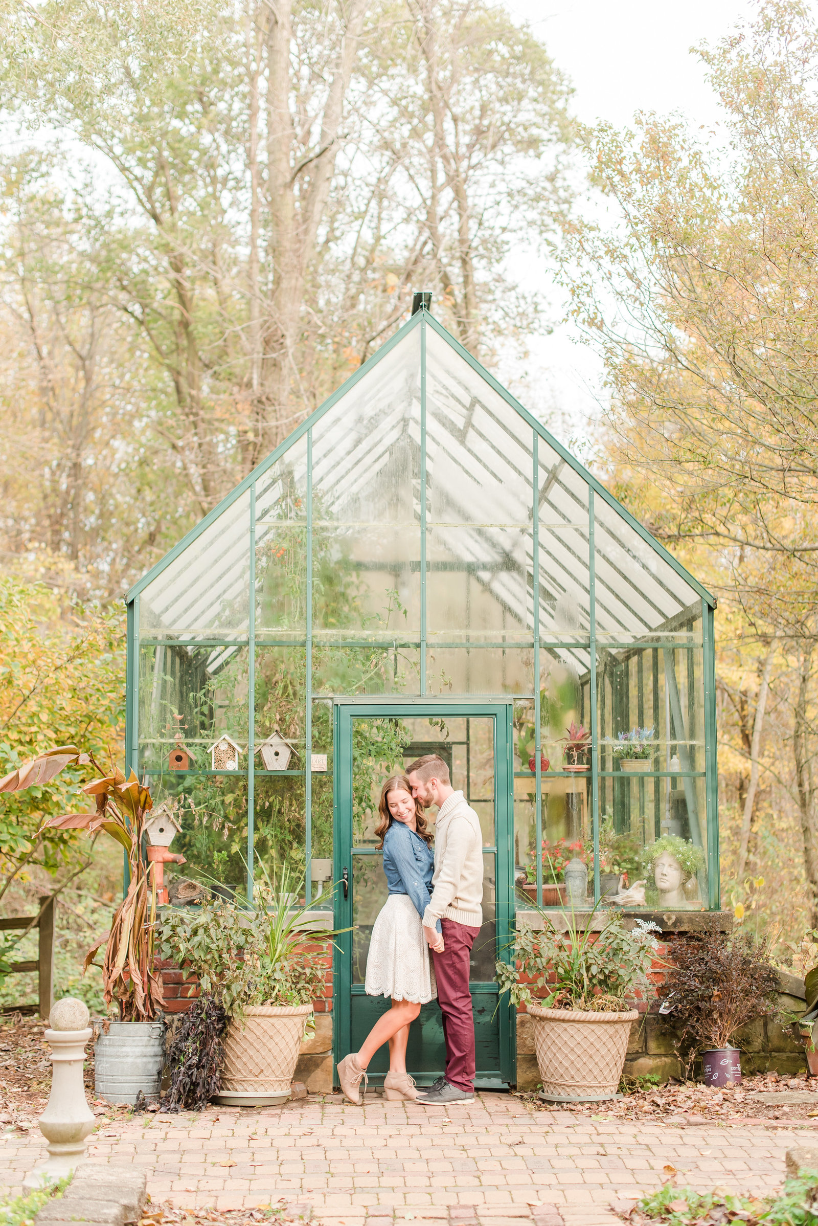 Engagement Photos at Defries Gardens