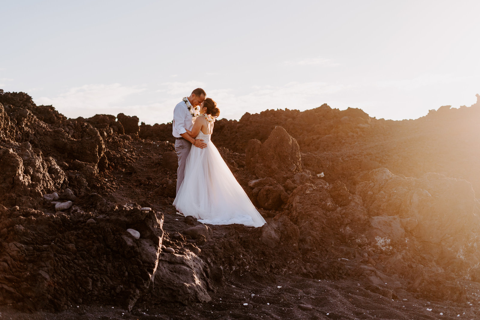kiholo-bay-big-island-hawai-elopement-black-sand-beach-christina-gabe-sydney-and-ryan-photography-7