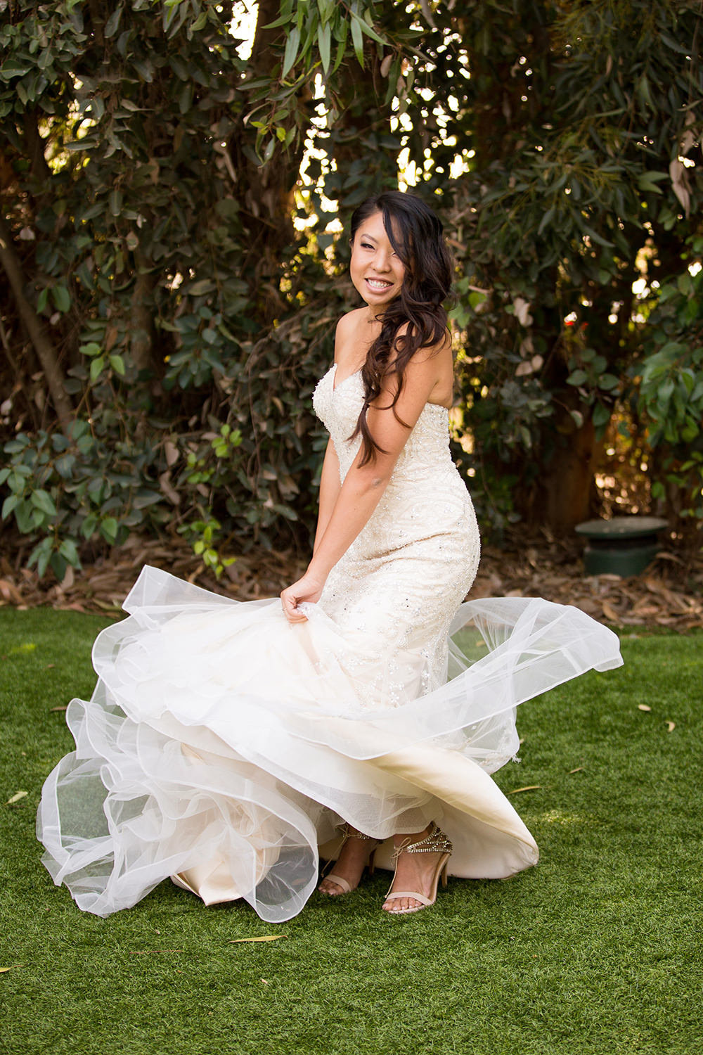 Bride spins her dress out | Bridal portrait ideas