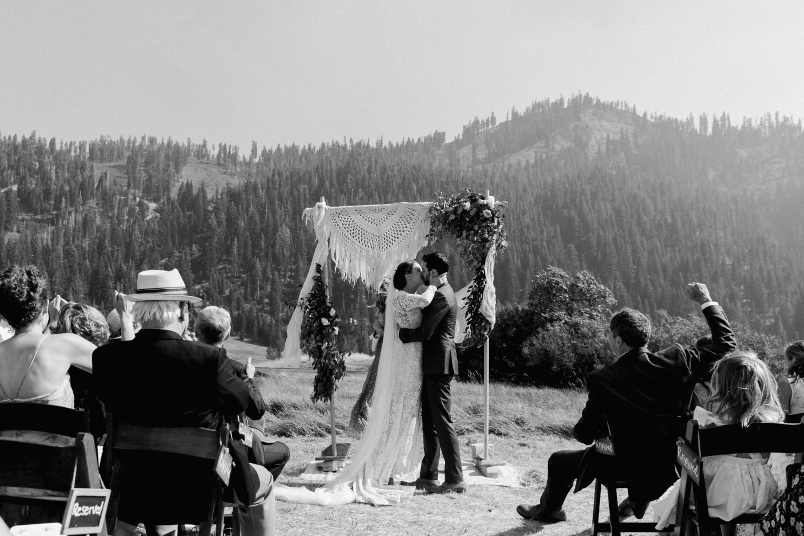 squaw-valley-stables-wedding-marble-rye-photography-ceremony-200