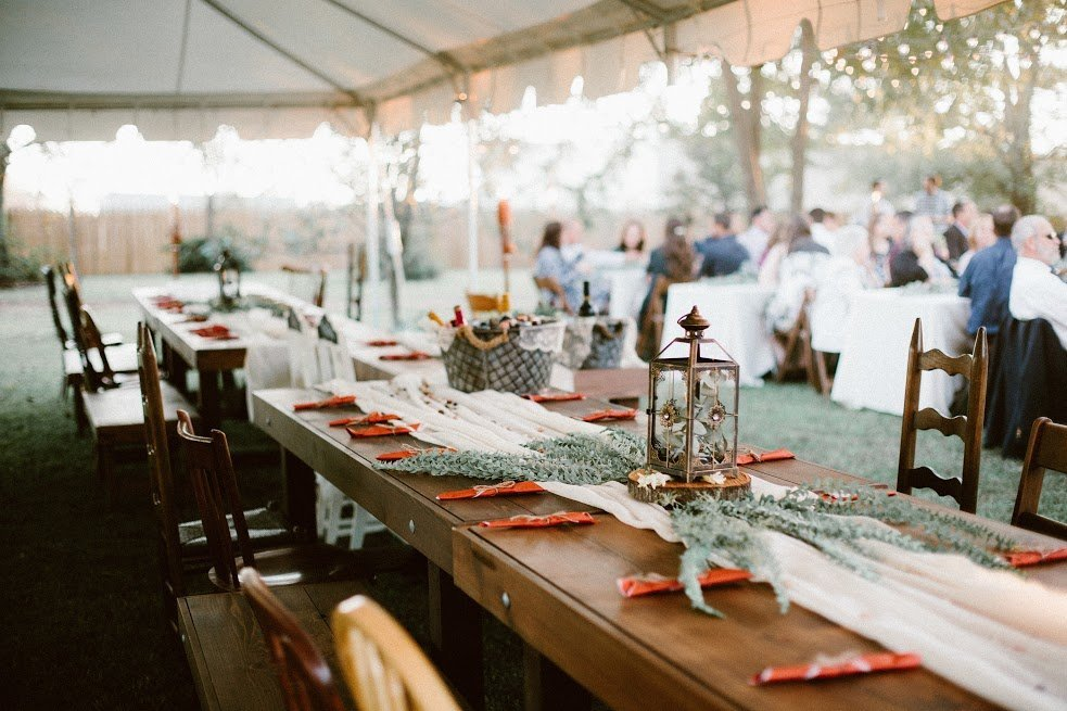 rustic wedding decor table setting