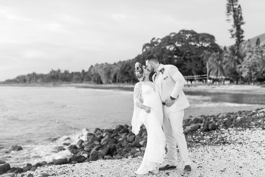 W0518_Dugan_Olowalu-Plantation_Maui-Wedding-Photographer_Caitlin-Cathey-Photo_2975-b&w