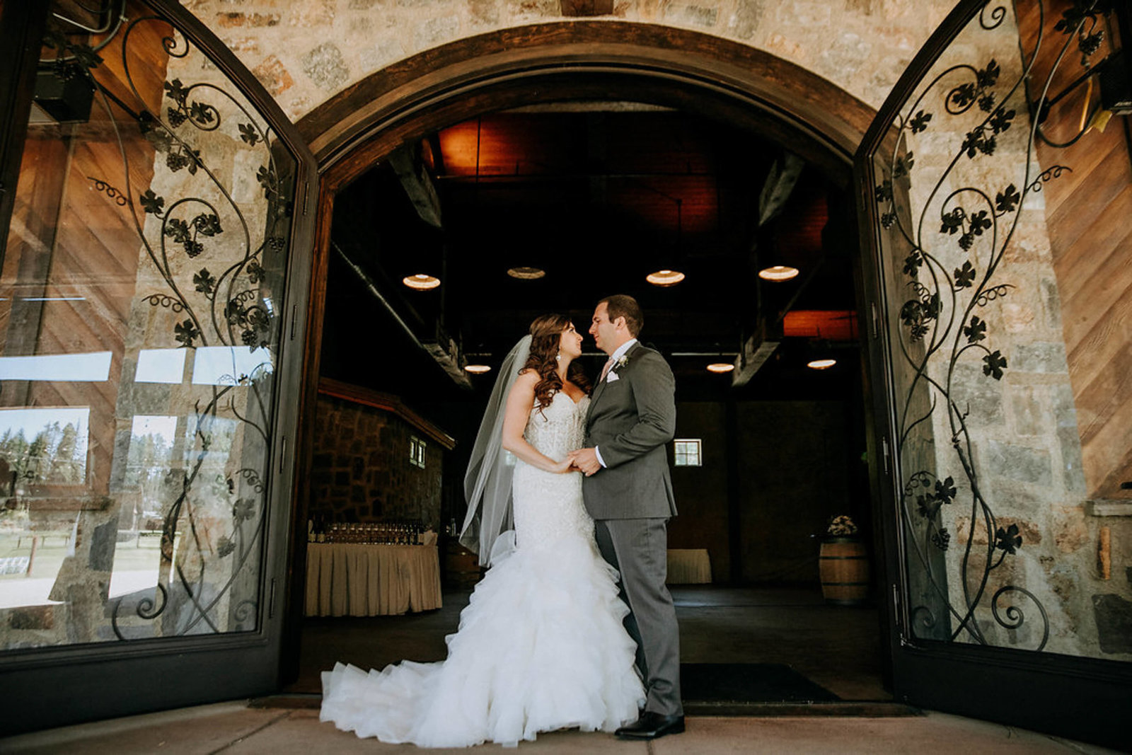 Swiftwater-Cellars_wedding_cle-elum-Kelsey+Dom-APW-313