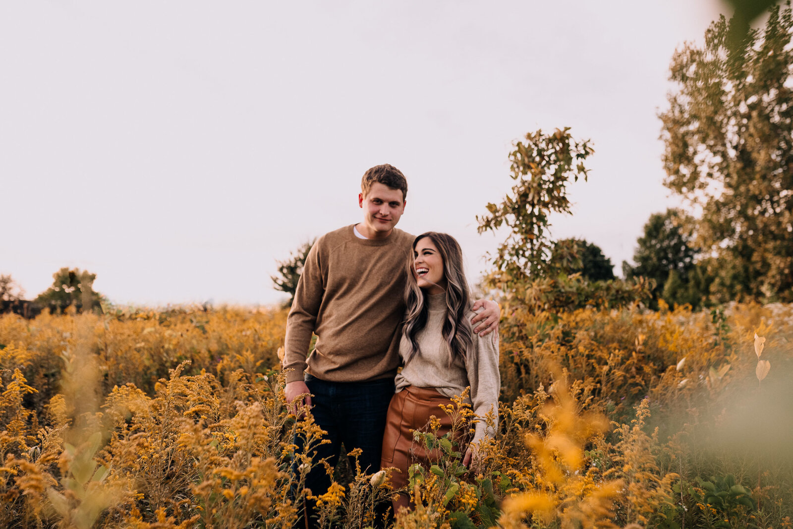 haley-justin-columbus-ohio-wedding-engagement-photography-hoover-dam-reservoir-mud-flats-galena-fall-2