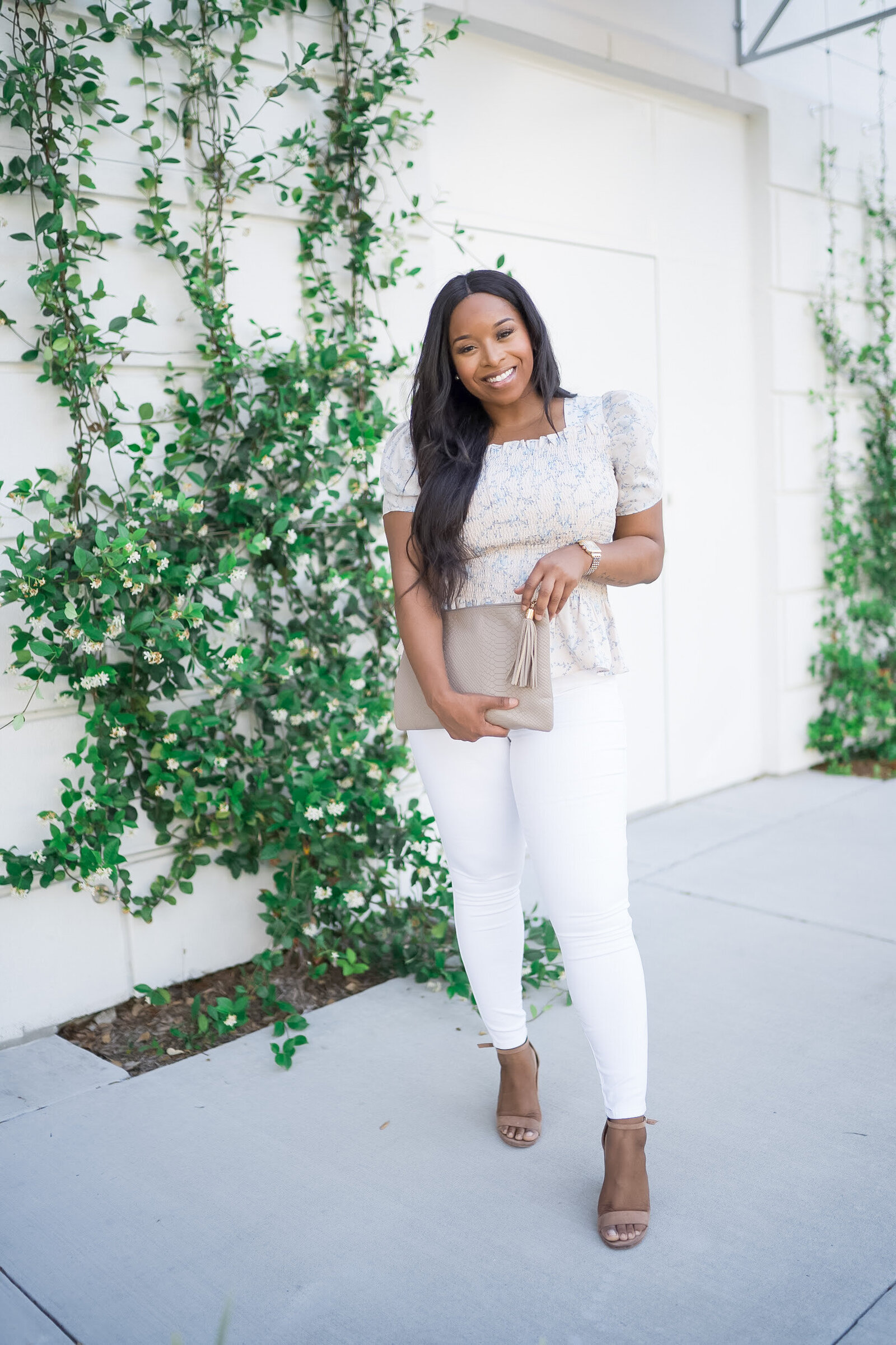 Carmeen Carter - Showit Blog Design for Content Creators Lifestyle Beauty Wellness Fashion Bloggers - With Grace and Gold - 36