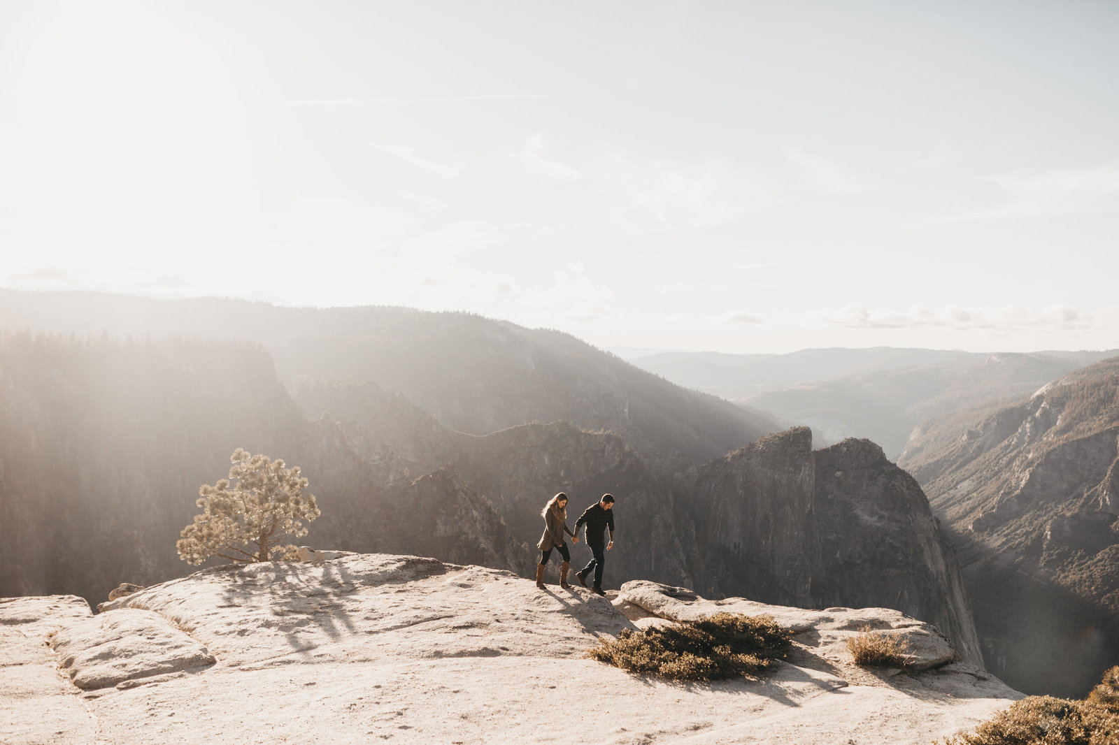 athena-and-camron-seattle-wedding-photographer-taft-point-yosemite-engagement-shoot10-mountains-epic-people