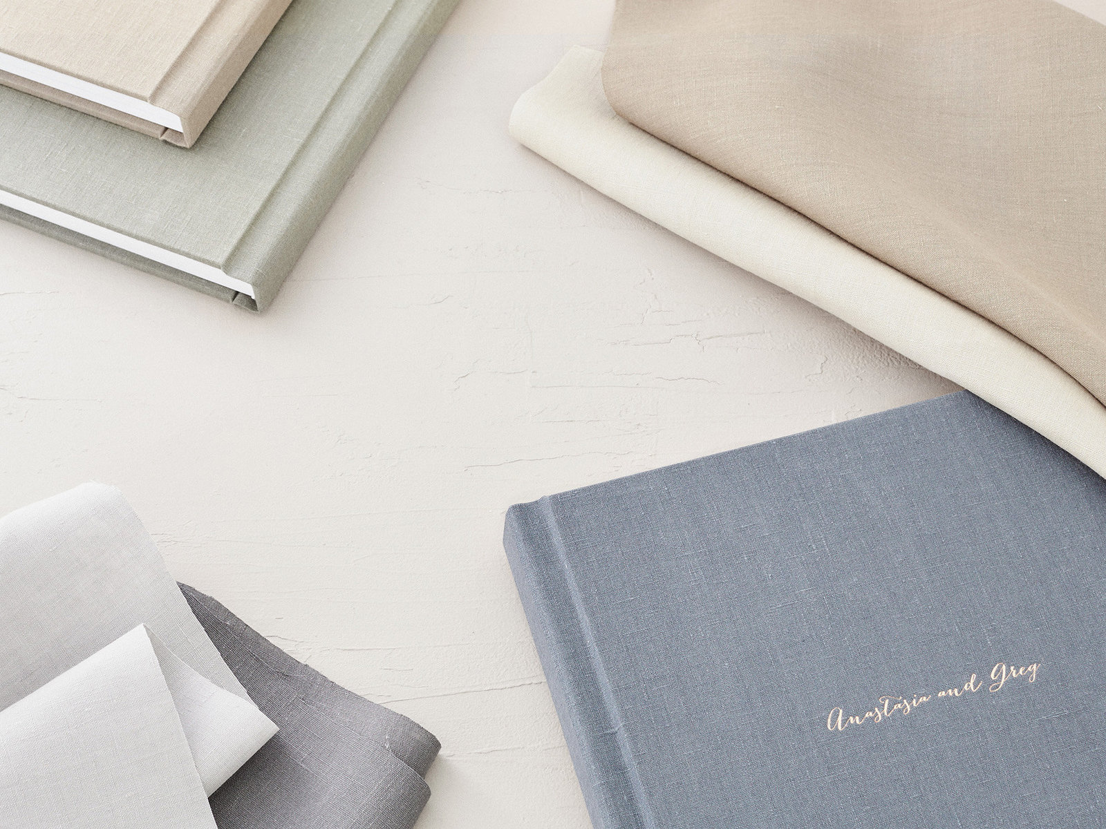 Custom Wedding Legacy Albums in Linen