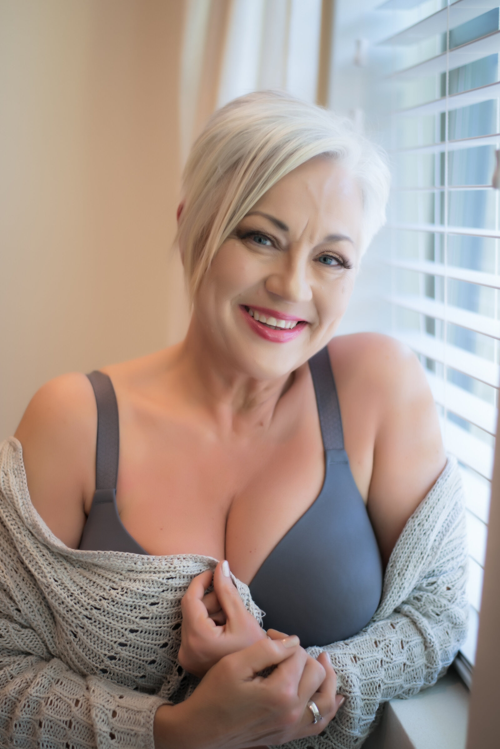 older woman boudoir photos001