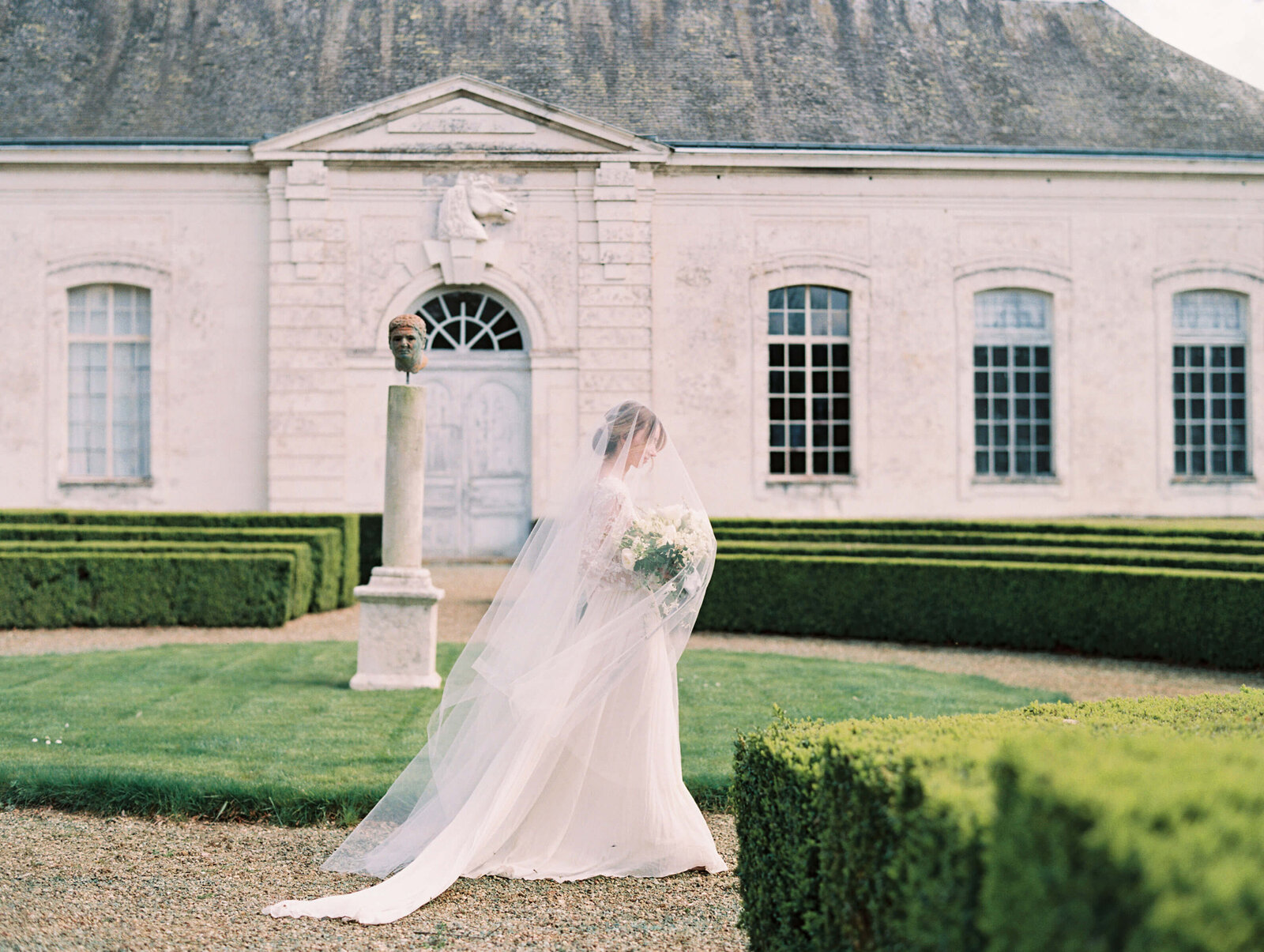 Chateau de Grand Luce wedding2