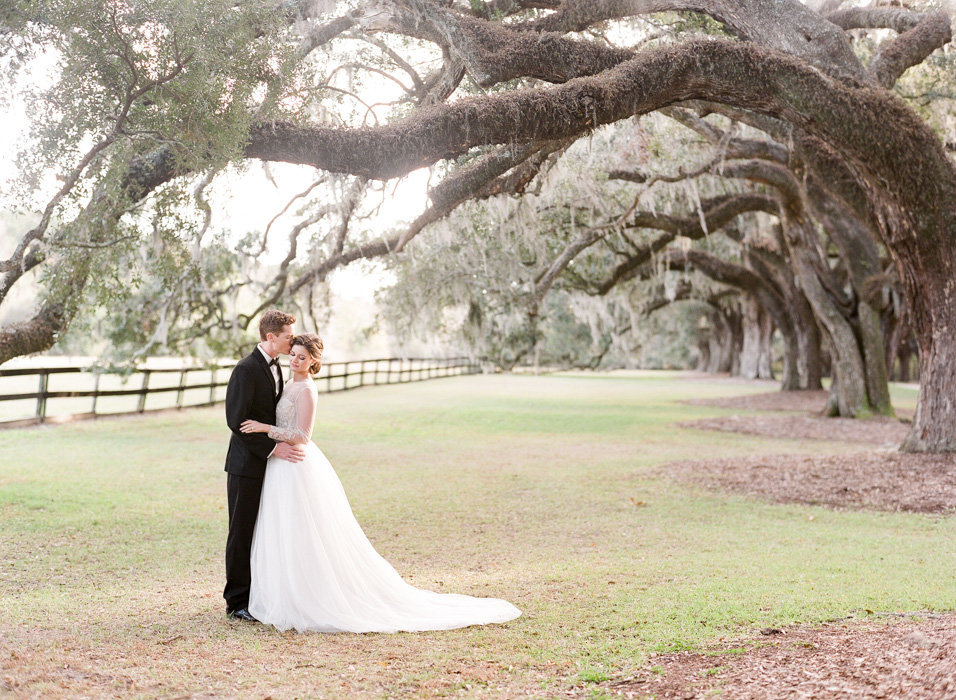 Molly-Carr-Photography-Paris-Film-Photographer-France-Wedding-Photographer-Europe-Destination-Wedding-Boone-Hall-Plantation-Charleston-South-Carolina-20