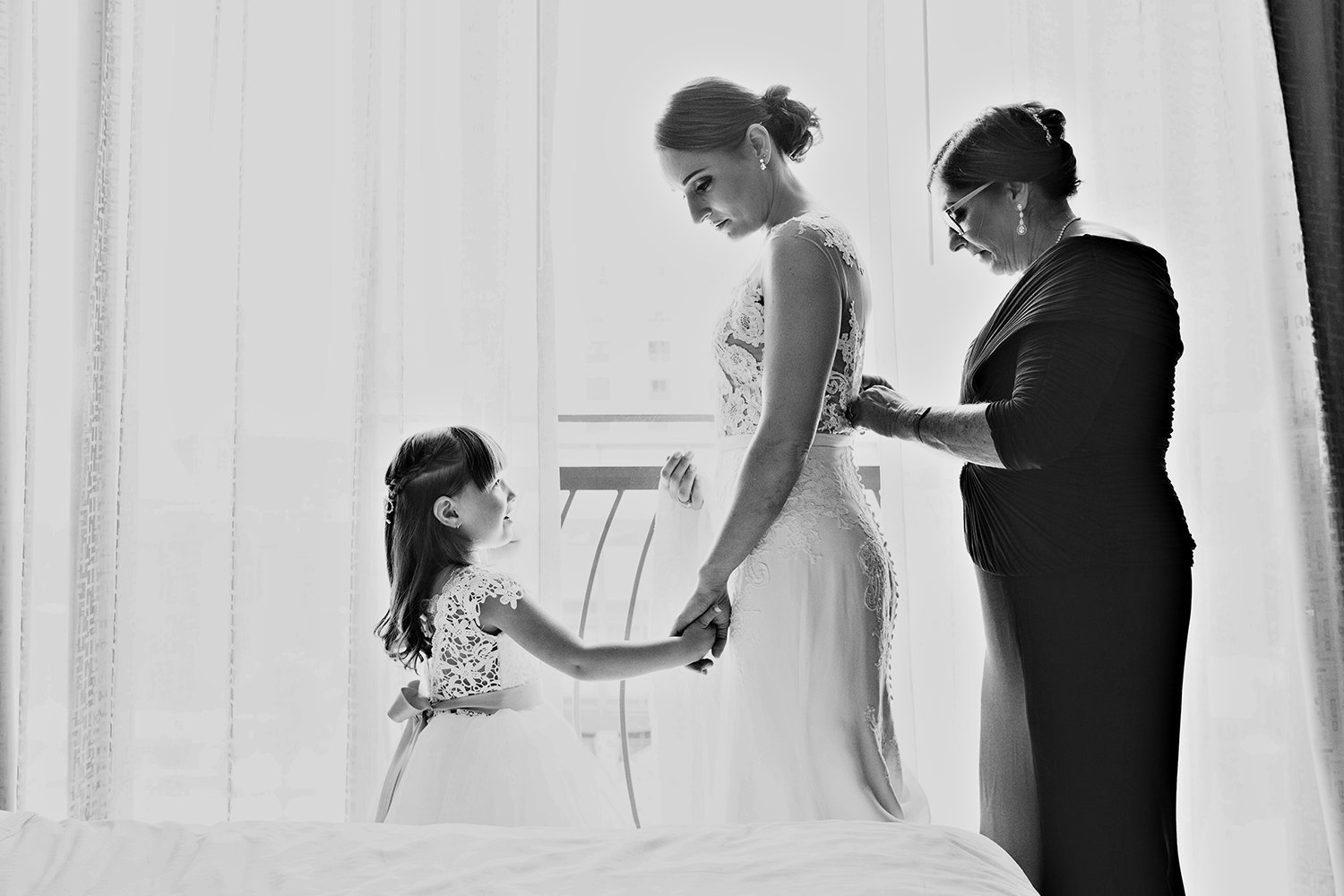 The Ultimate Skybox wedding photos emotional black and white with bride and mom