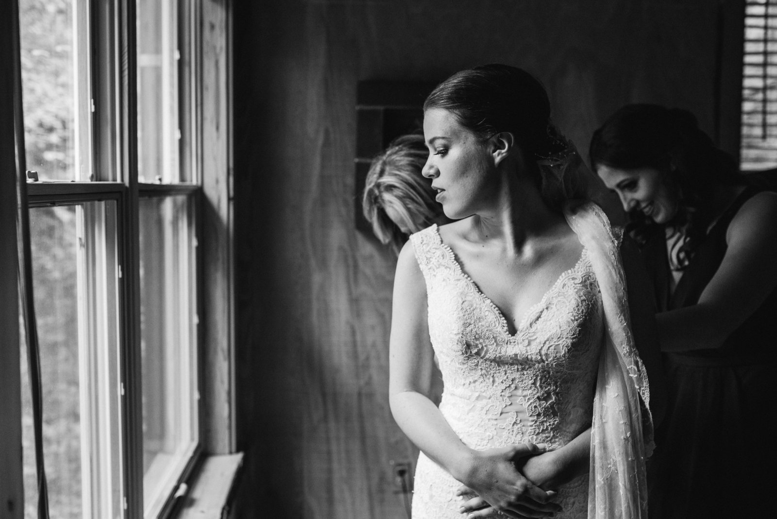 bw candid seattle wedding photo