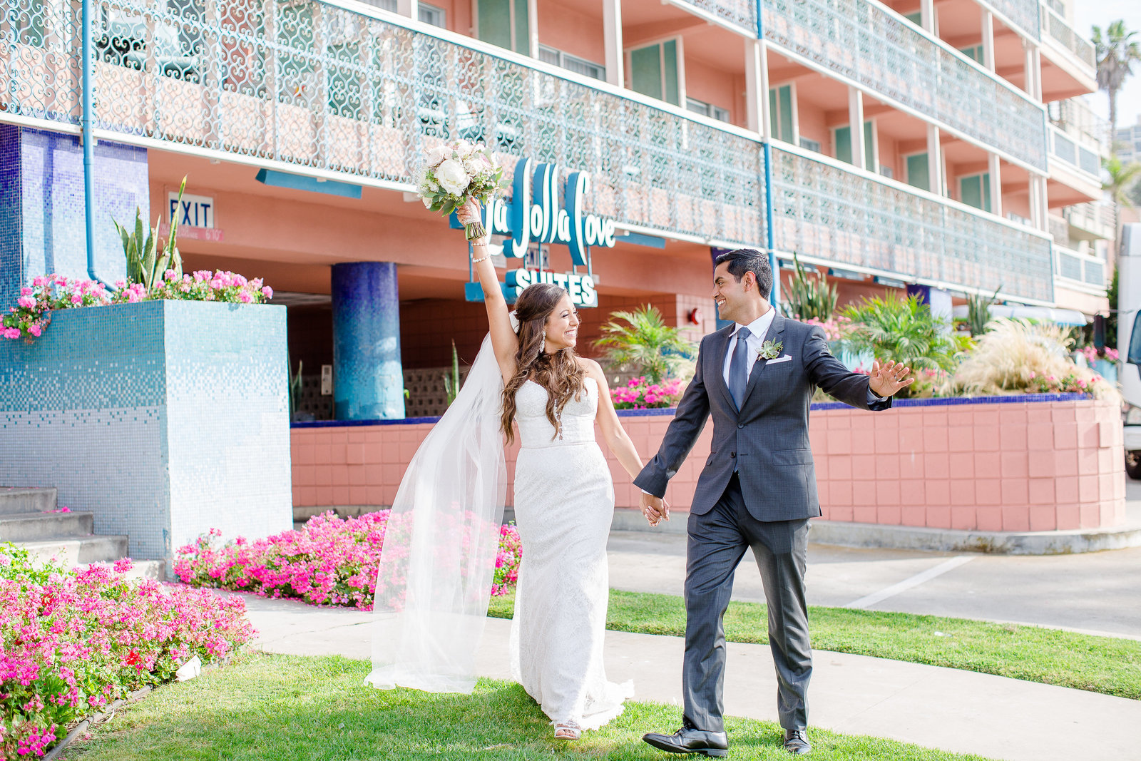 La Jolla Cove Suites Wedding