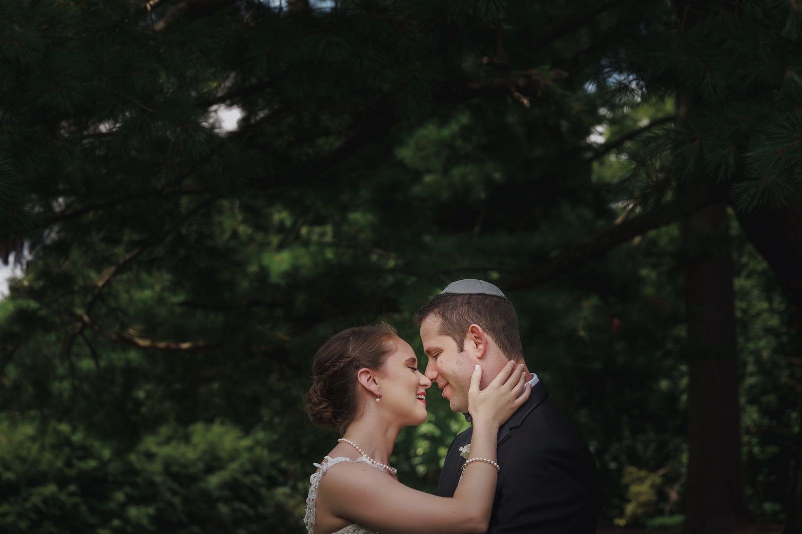 westchester-ny-jewish-wedding-tappan-hill-mansion-kratshmer-photos-0014