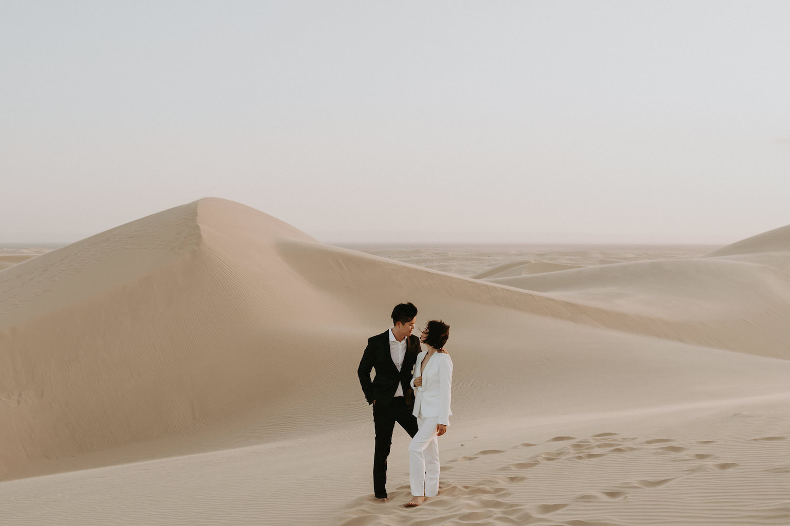 Connie+Kenney+Glamis+Sand+Dunes+Engagement+Lauren+Mihae+Photography-77