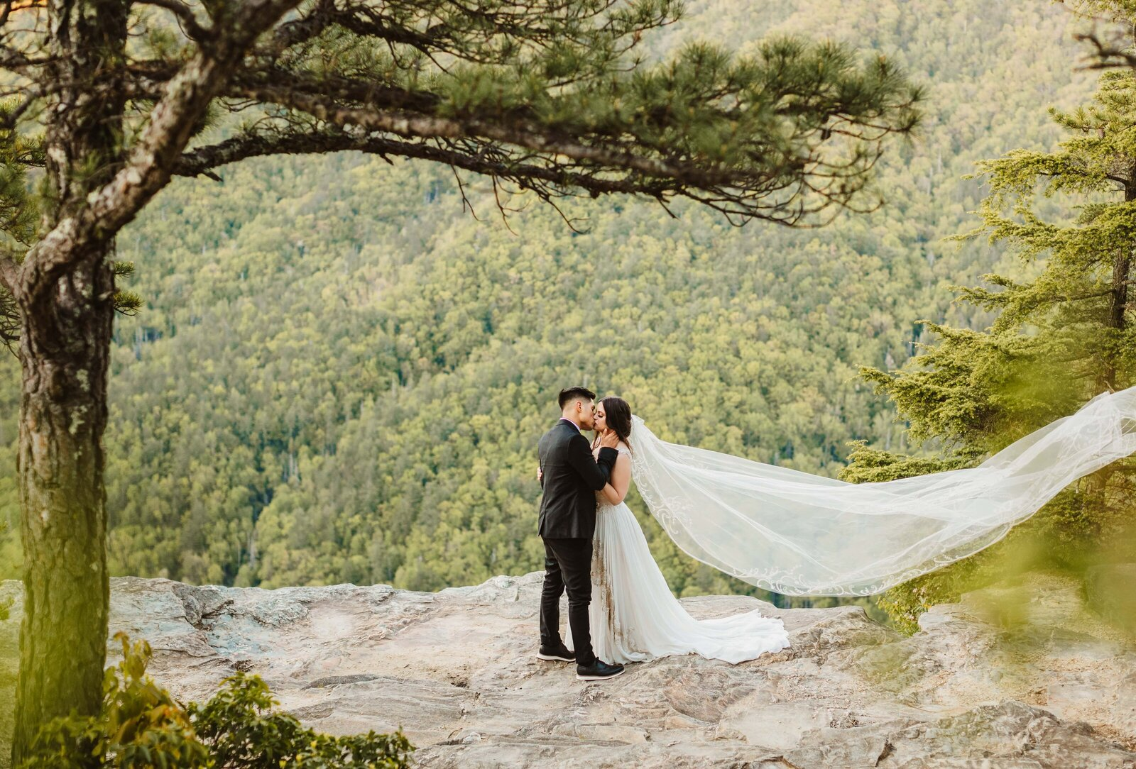 bride-groom-nc-elopement-photography