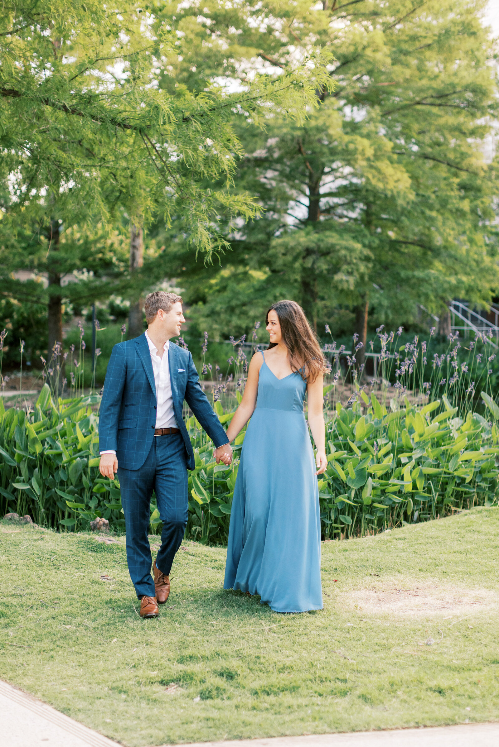 myriad-gardens-engagement-session