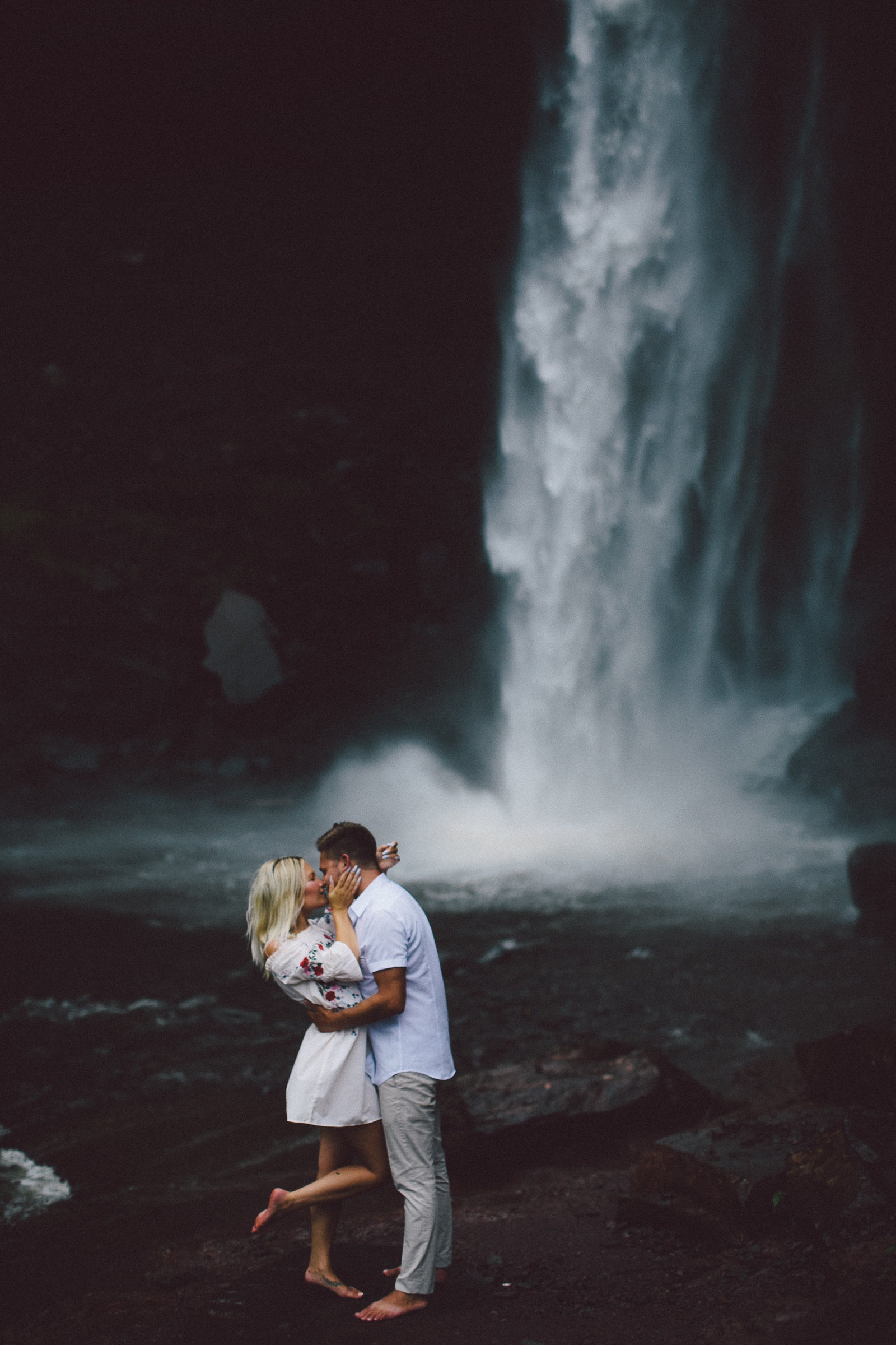 TurnquistCollective-HudsonValley-Wedding-Photographer-kaaterskill-falls-engagement