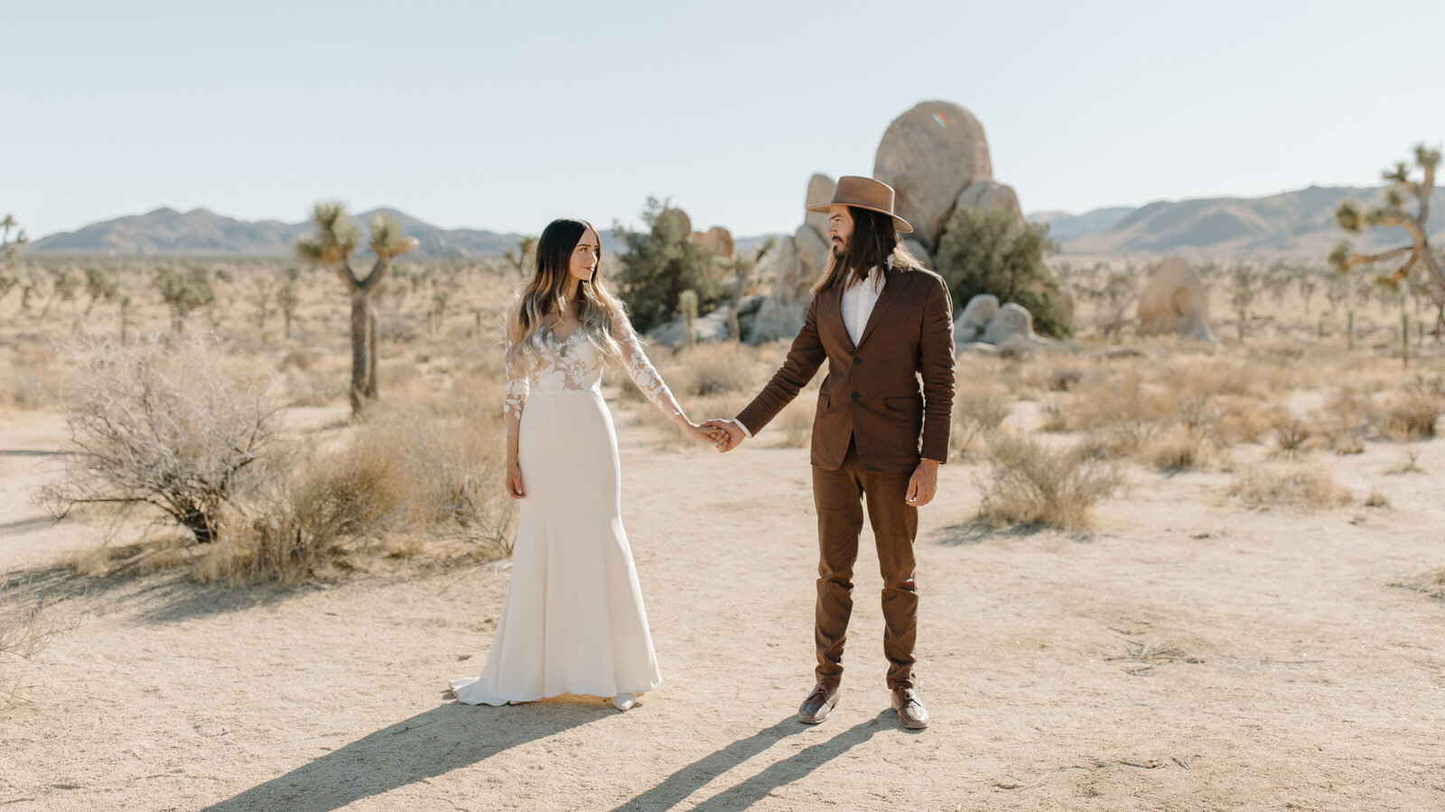 Kristy & Mitchell - Le Haute Desert Aerie Elopement - Tess Laureen Photography @tesslaureen - 49 copy