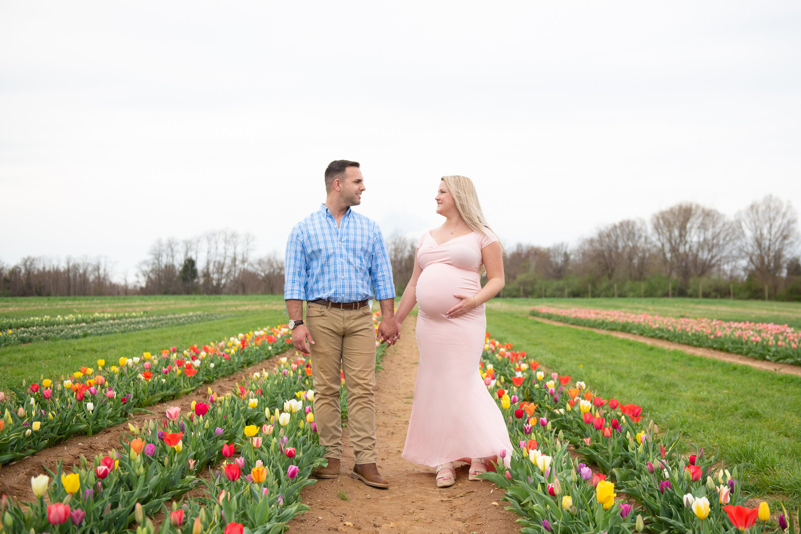 rachel-sean-spring-maternity-session-holland-ridhe-farms-imagery-by-marianne-2019-29