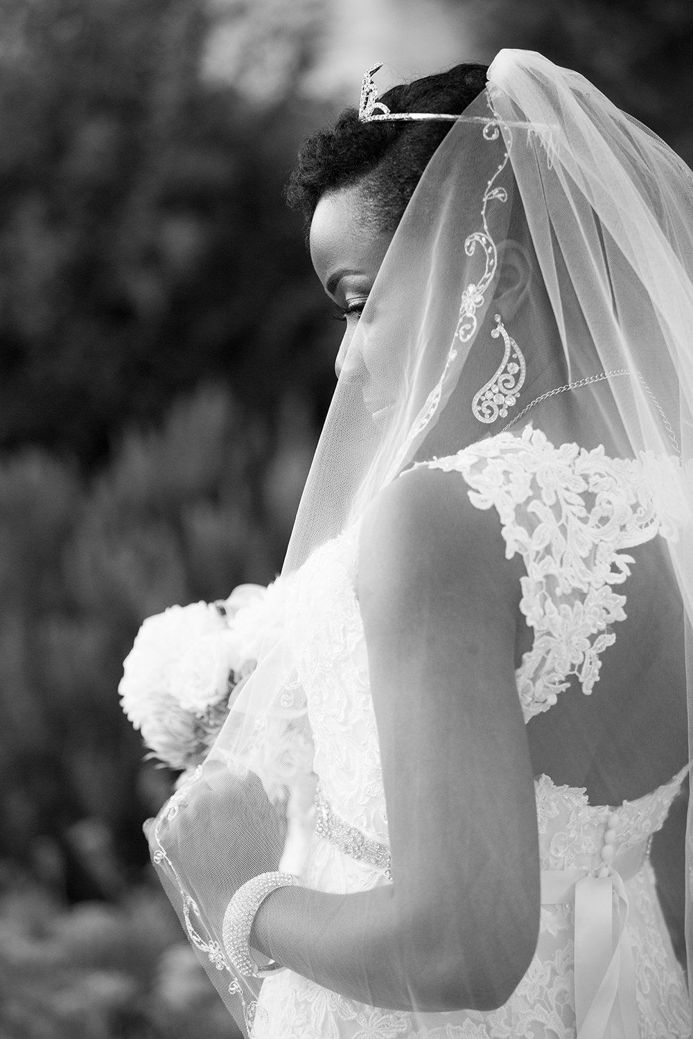 beautiful bride photos at loews coronado
