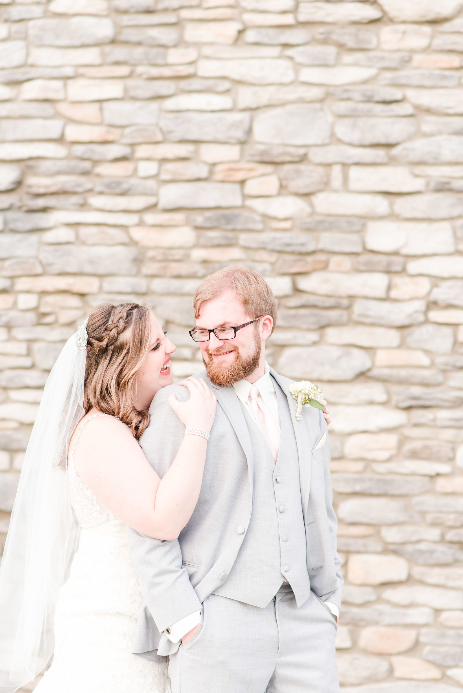 Pink & Navy Wedding at Sycamore Winery