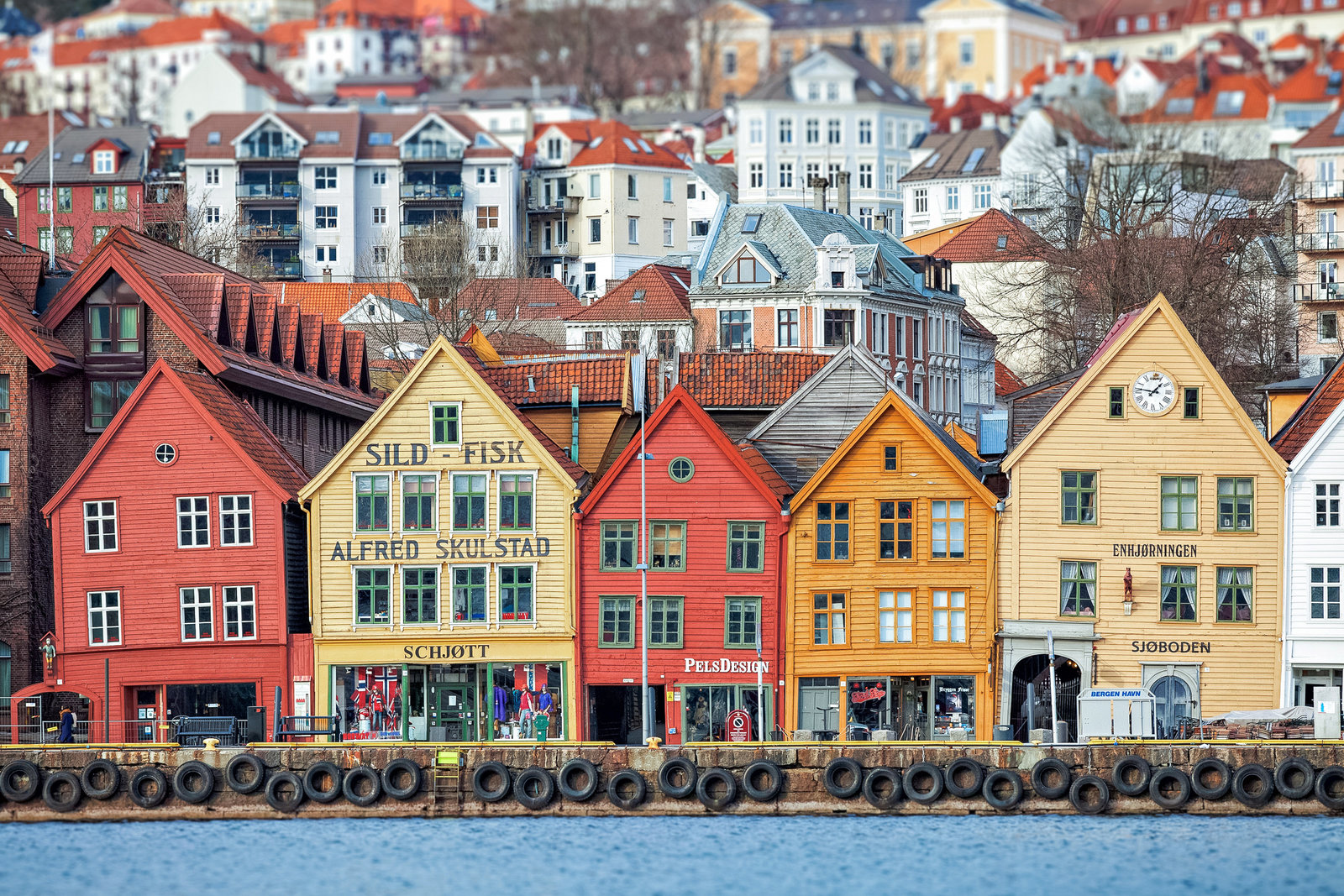 bergen-norway-row-houses-1-2