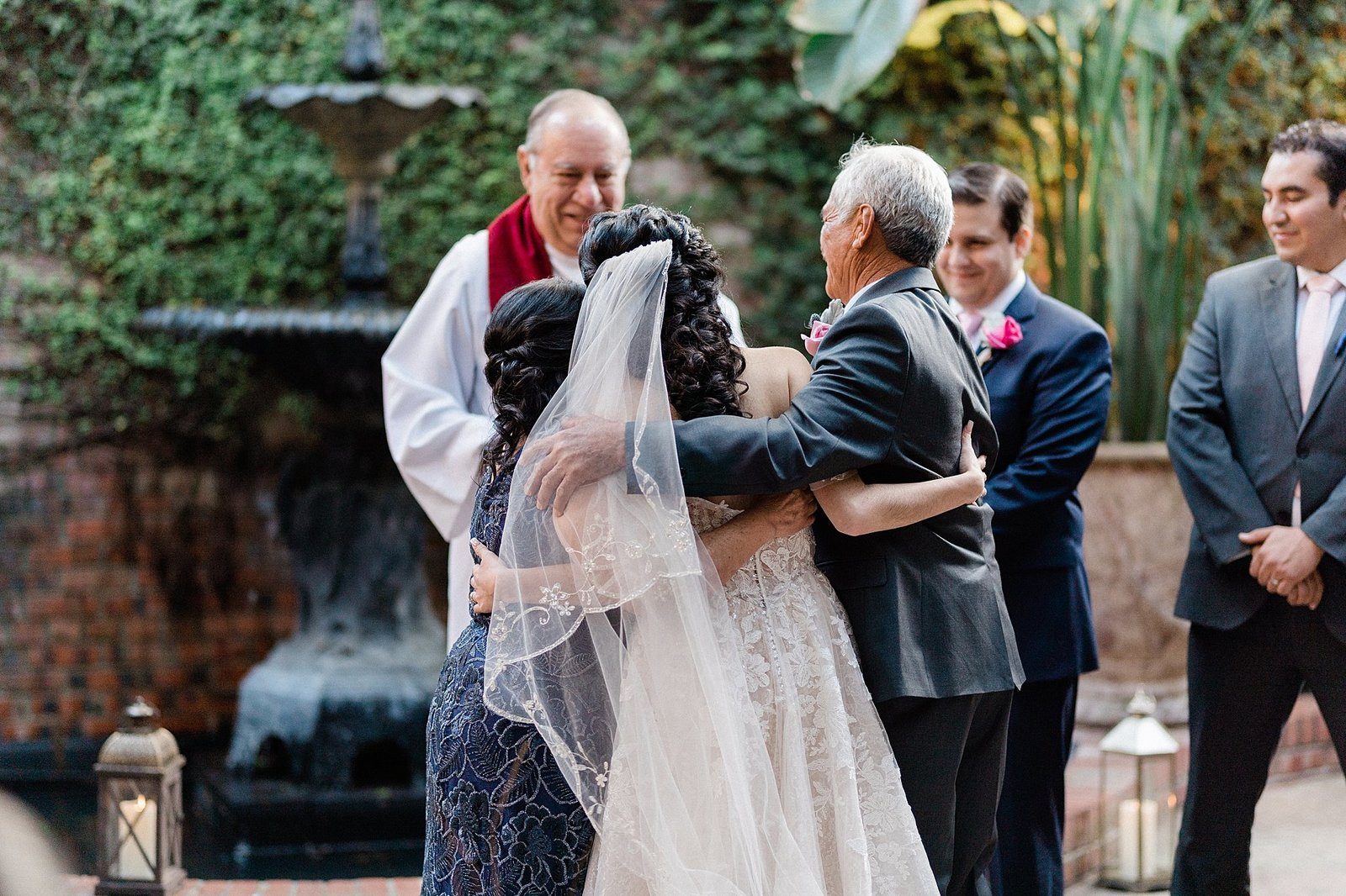 brennans of houston wedding leslie margarita photography_0059