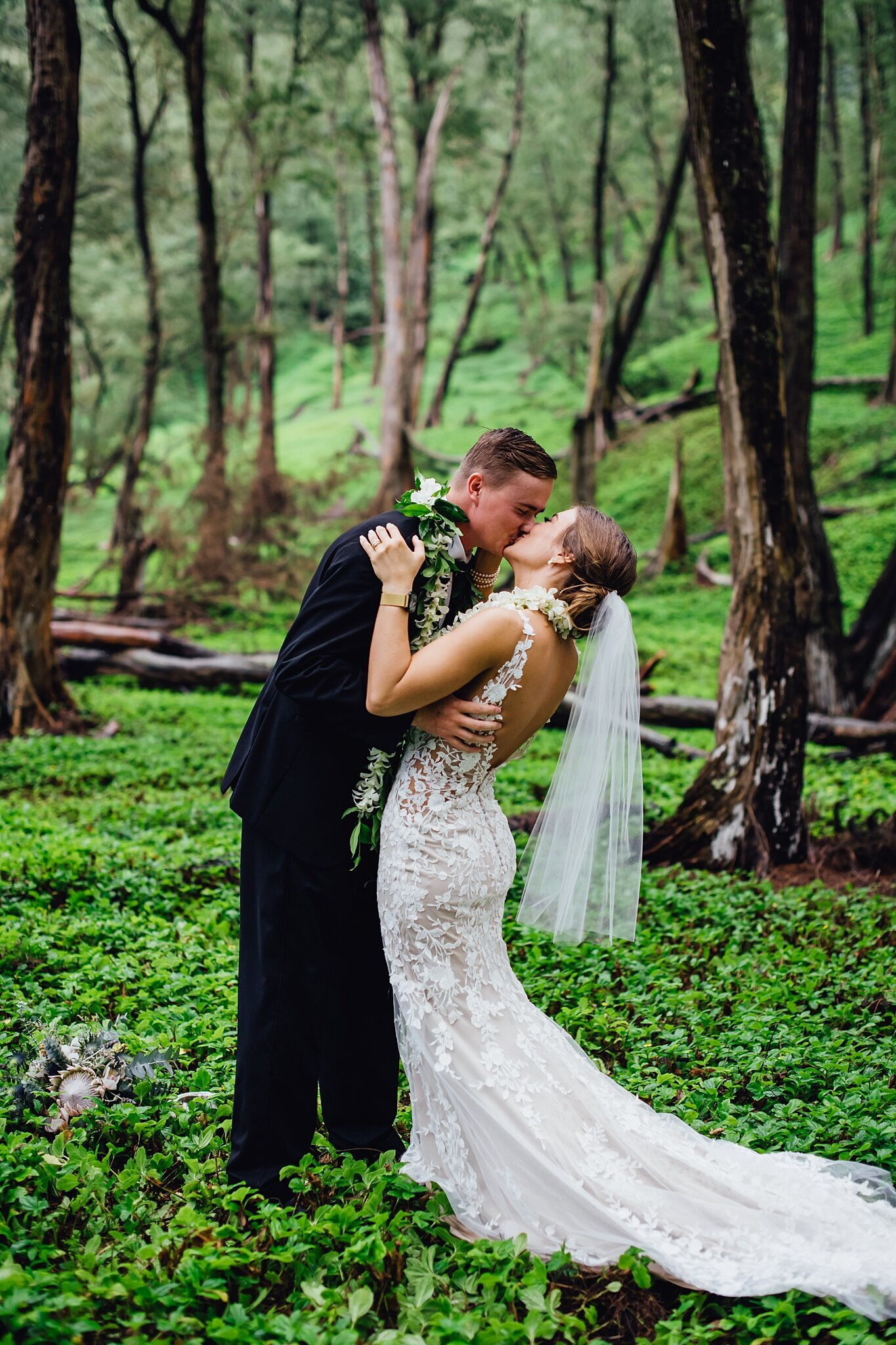 adventure elopement first kiss