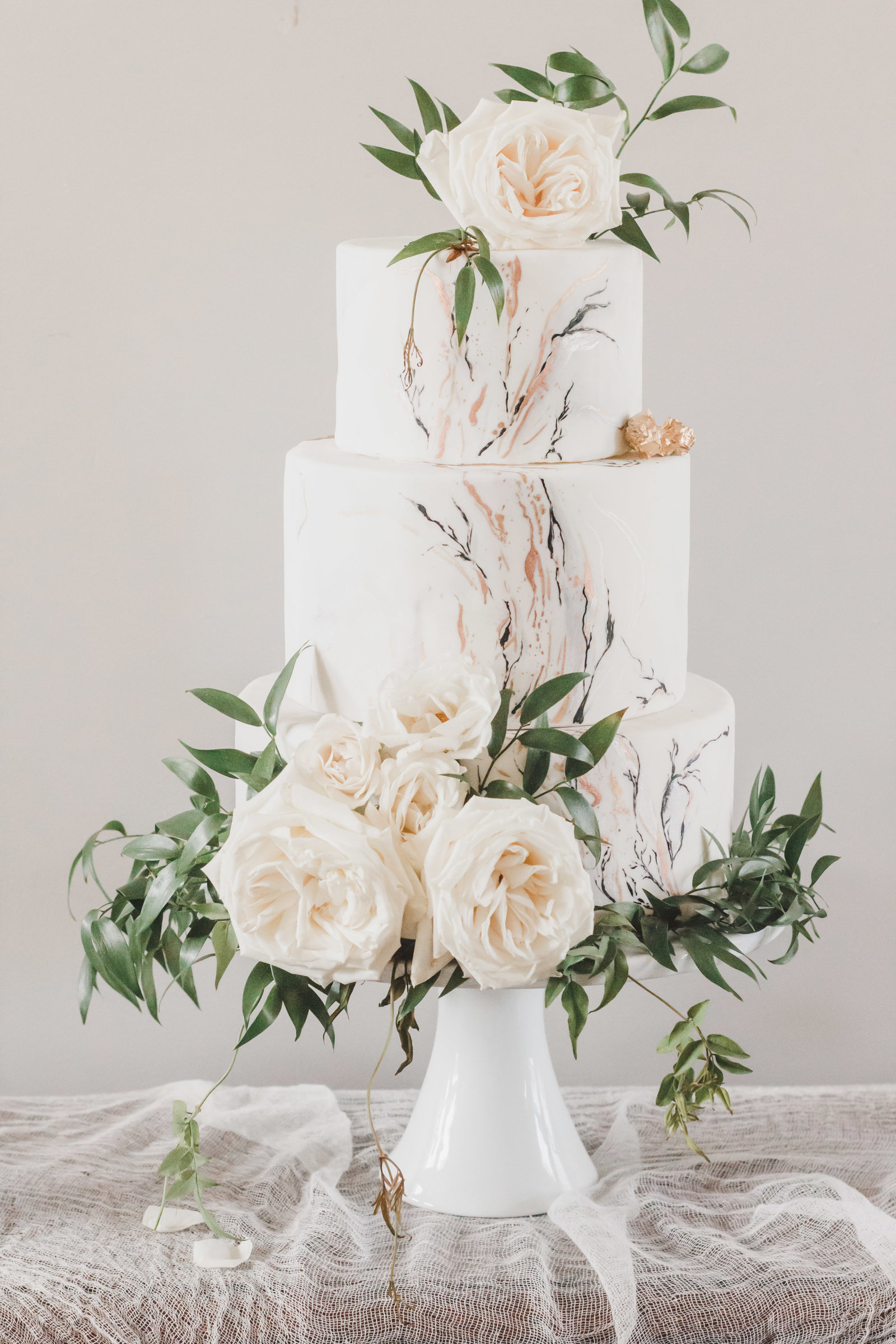 Nashville Wedding Photography | Wedding Cake