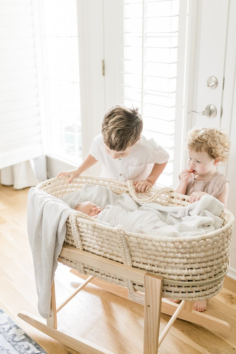 Charleston-Newborn-Photographer-Lifestyle-Session_0060