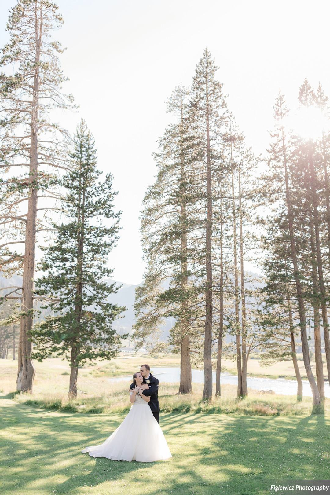 Garden_Tinsley_FiglewiczPhotography_LakeTahoeWeddingSquawValleyCreekTaylorBrendan00114_big