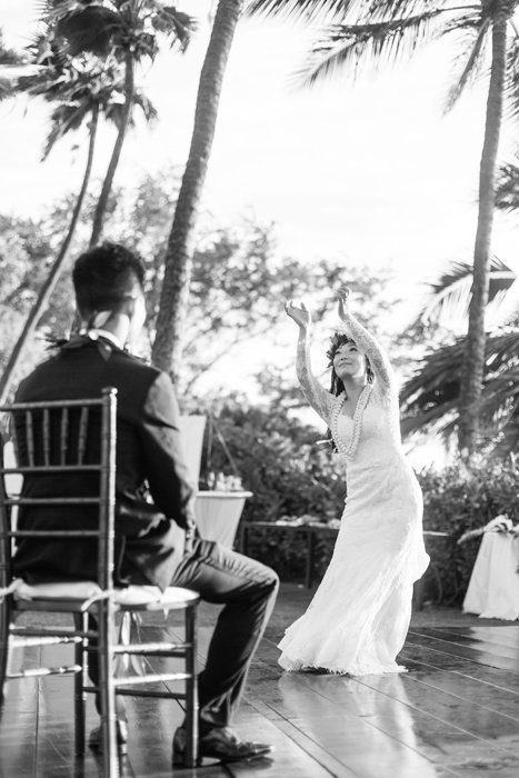 W0461_Haiku-Mill-wedding_Maui-Photographer_CaitlinCatheyPhoto_0193-b&w