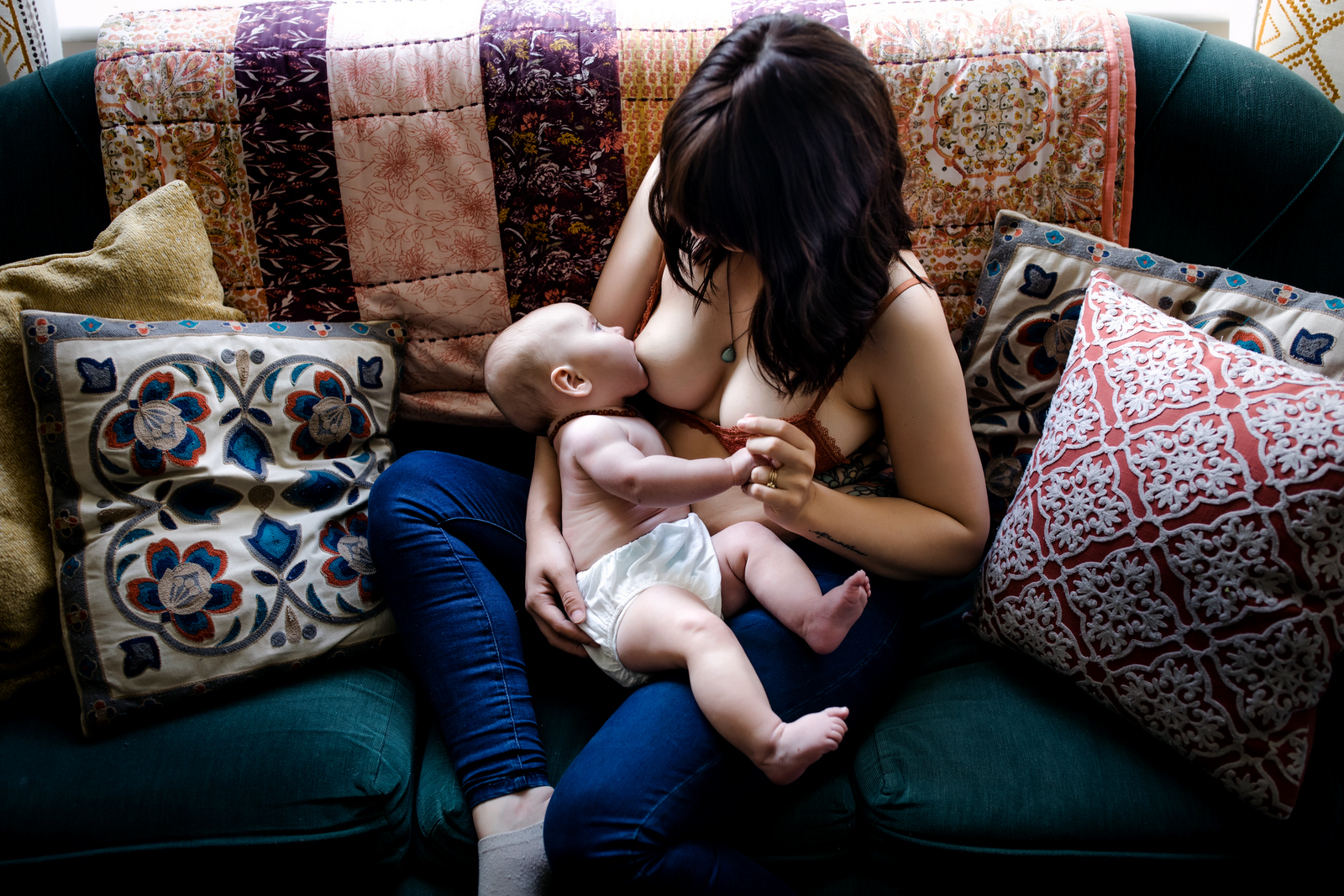 birth photographer, columbus, ga, atlanta, postpartum, breastfeeding, mother and newborn-17