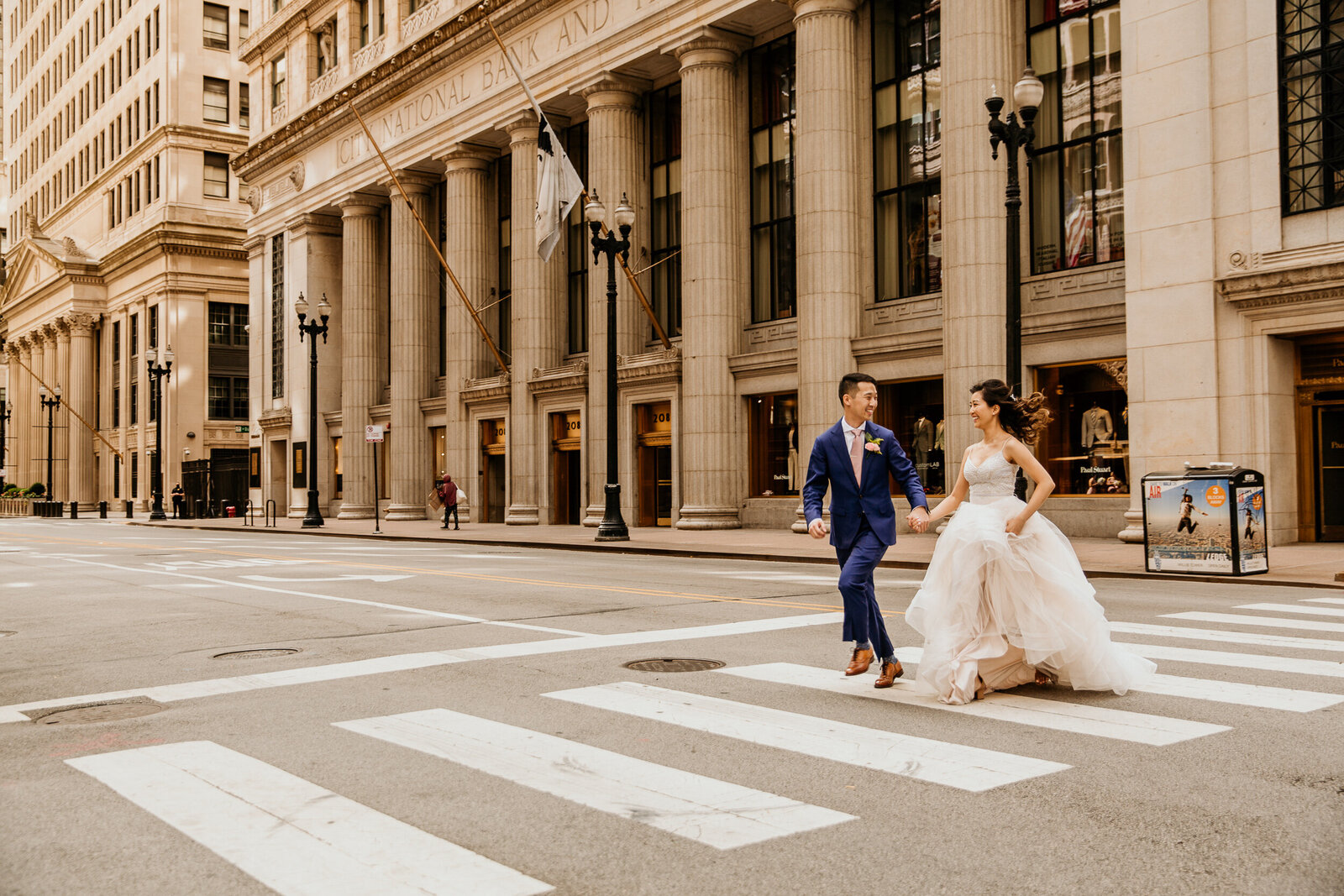bride-and-groom-chicago-board-of-trade