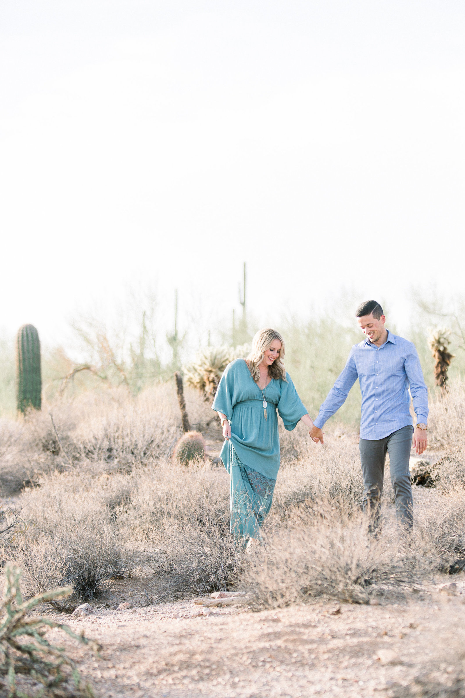 AlyKirkPhoto-Leslie-Zach-Engagement-Session-Wind-Cave-Trail-Mesa-Arizona-Photographer-0021
