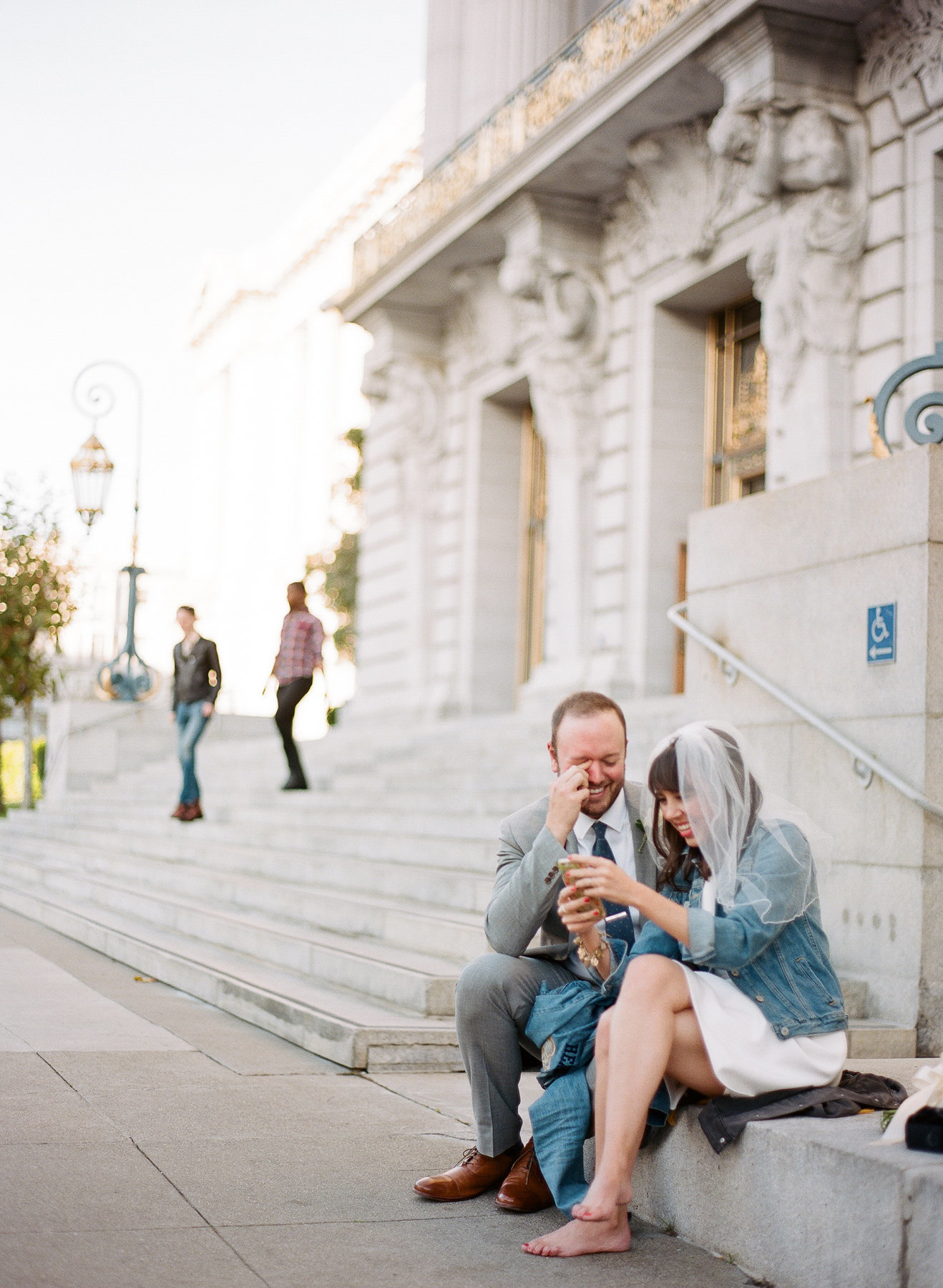 69-000035060014-san-francisco-city-hall-wedding-michaela-joy-photography