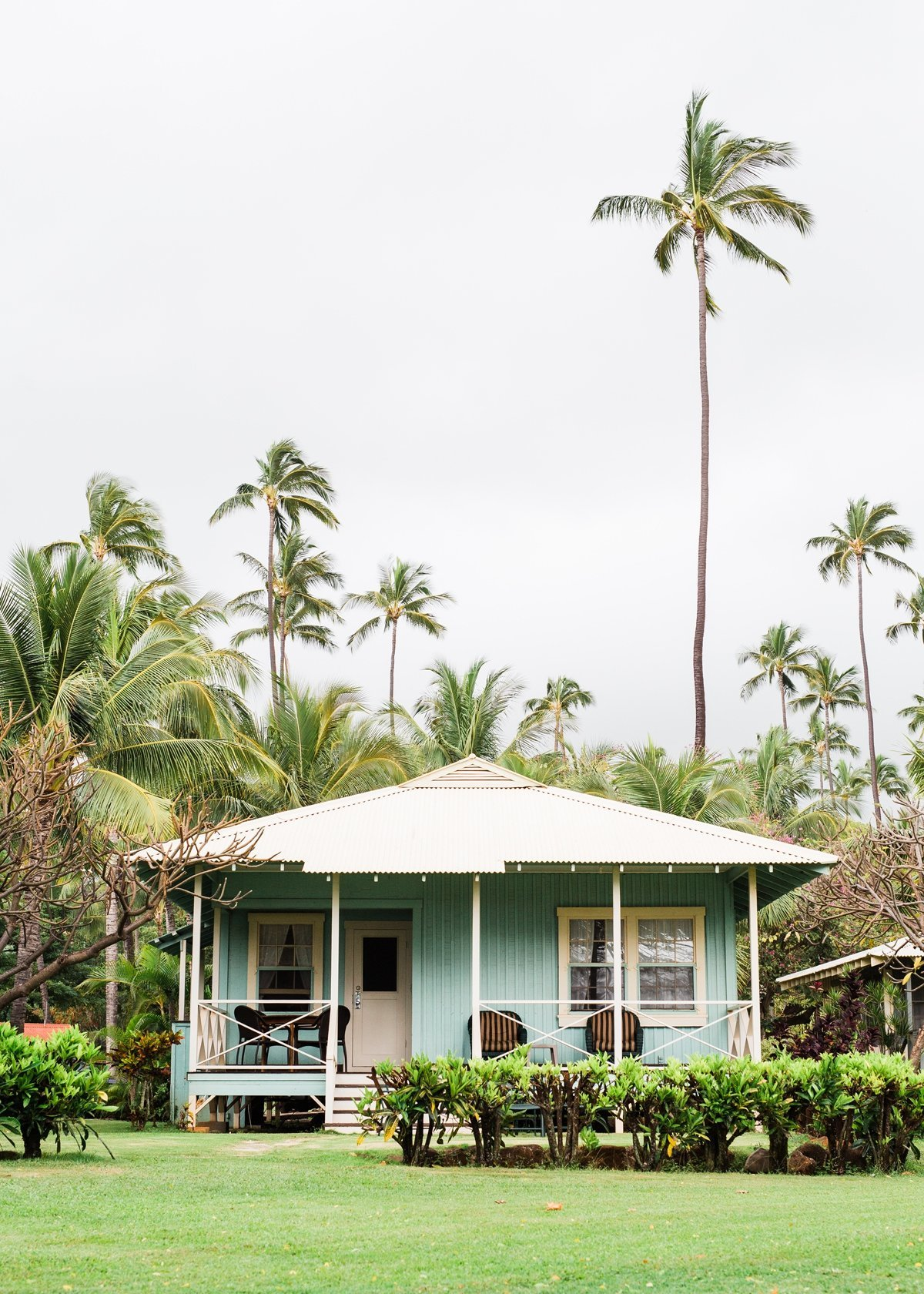 waimea-plantation-cottages-kauai-destination-wedding-photography-cameron-zegers