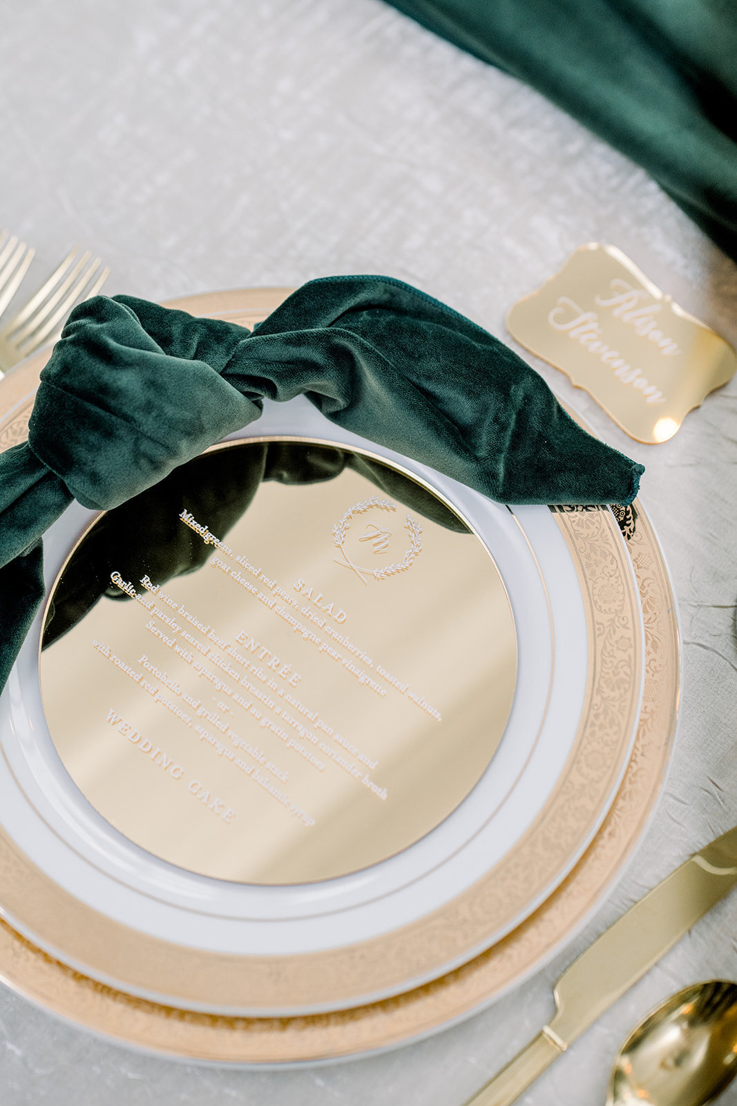Ritz Charles Emerald Styled Shoot 2020 - Alison Mae Photography - Indianapolis Wedding Photographer-388_websize