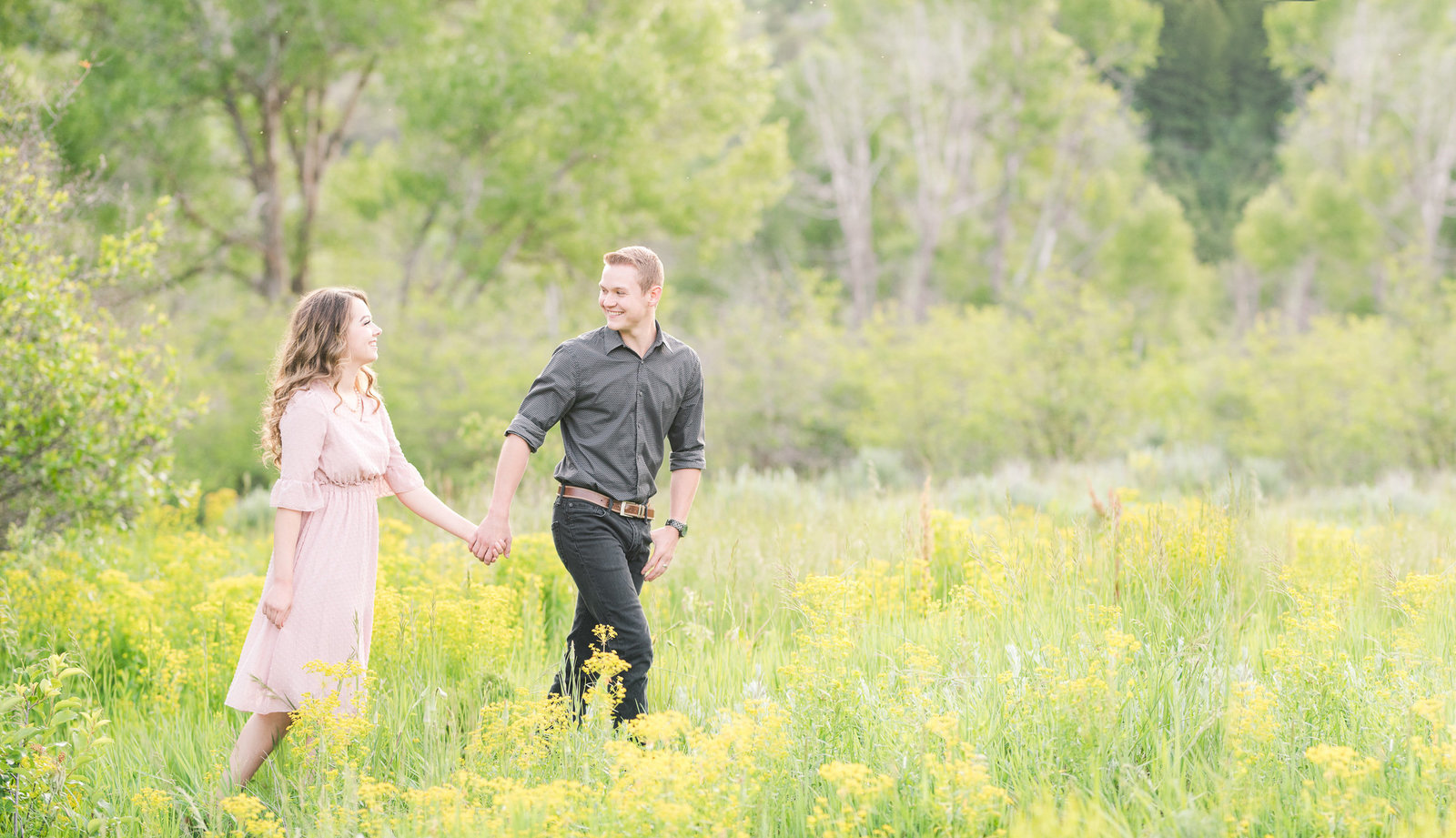 Utah Wedding Photographers - Jessie and Dallin Photography RE-043 Cover