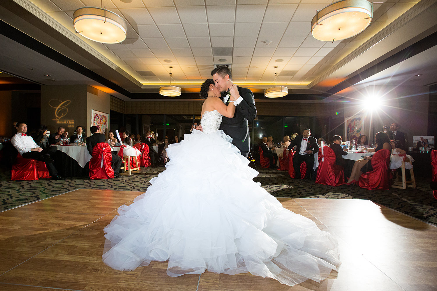 Flawless lighting this wedding reception first dance at the University Club