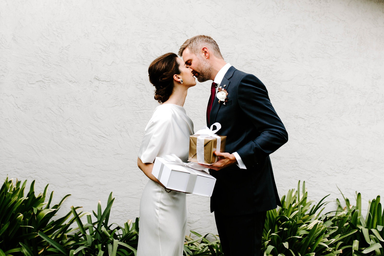 Hannah-Berglund-Photography_Audrey-Roger_Intimate-Wedding-37