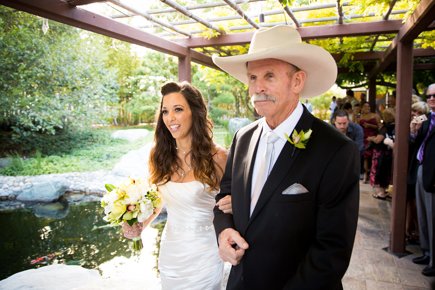 bride walking with her dad